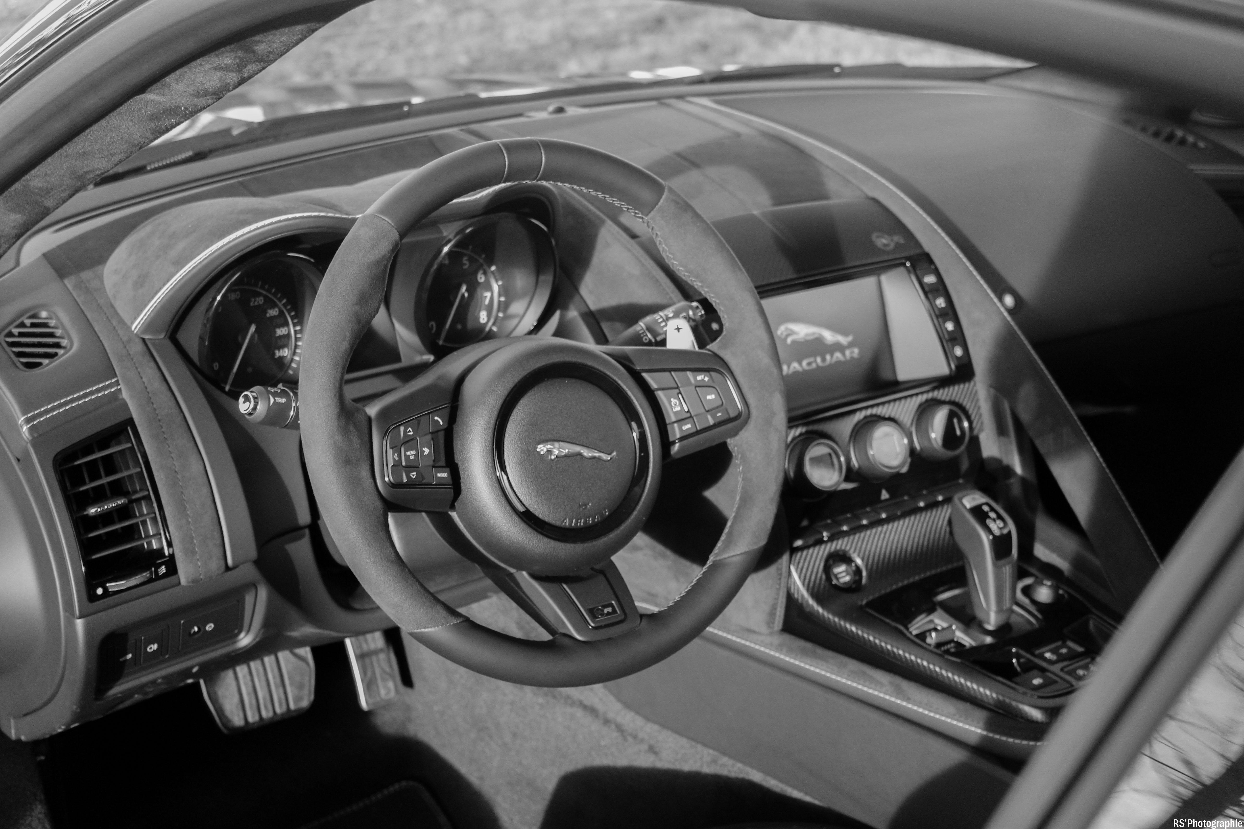 jaguarftypesvr13-jaguar-ftype-svr-intérieur-onboard-arnaud-demasier-rsphotographie