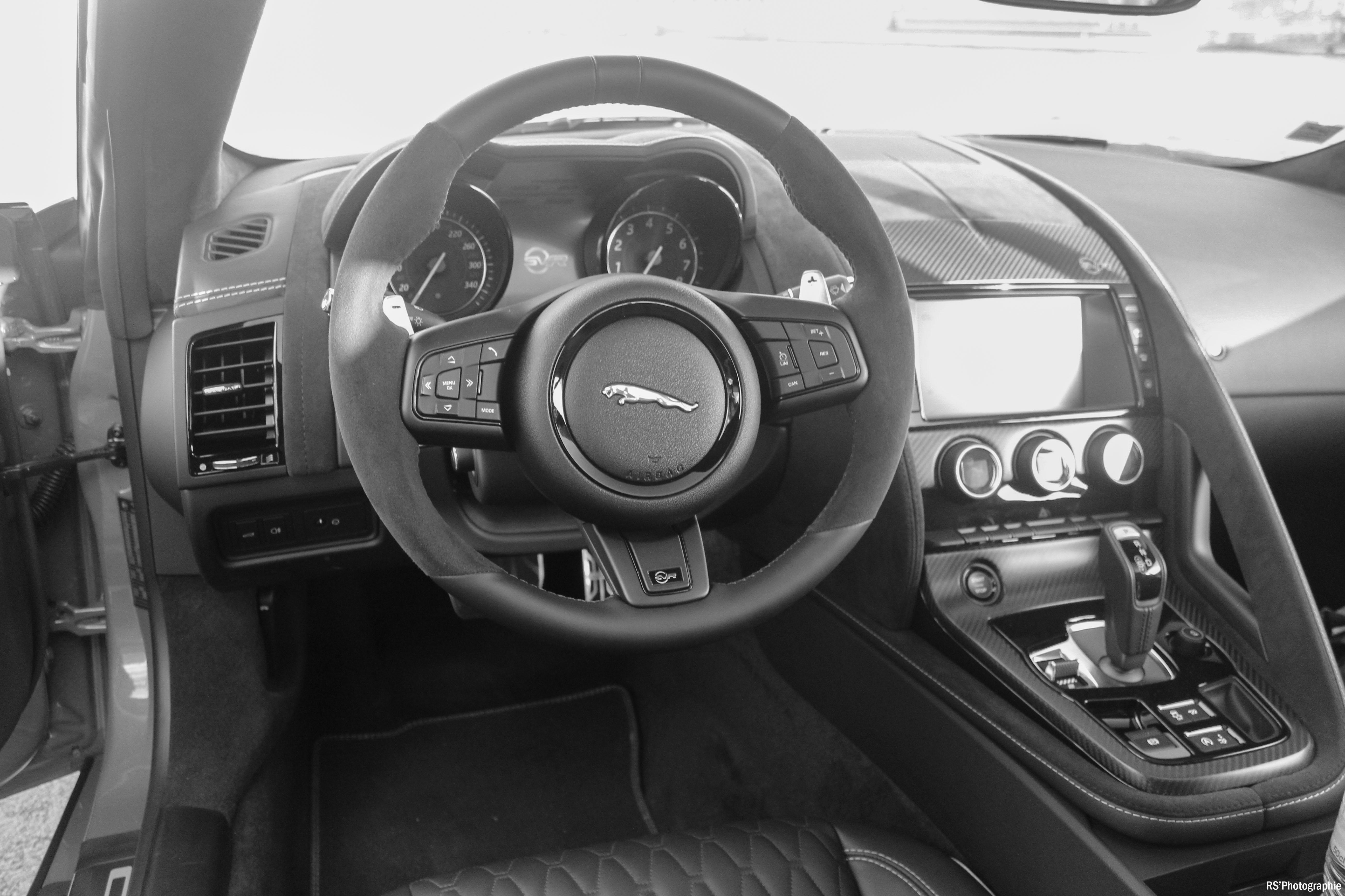 jaguarftypesvr55-jaguar-ftype-svr-intérieur-onboard-arnaud-demasier-rsphotographie