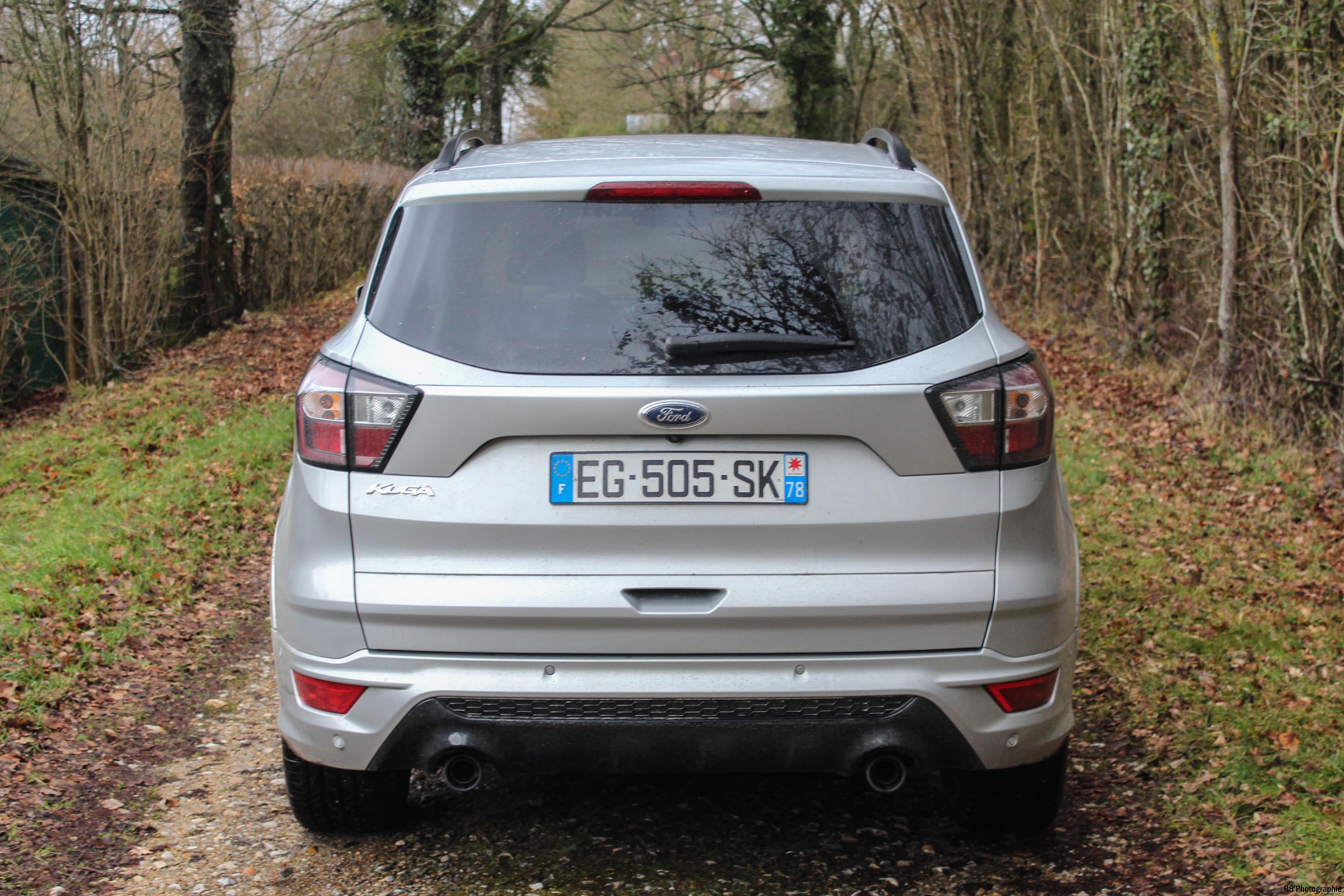 FordKuga6-ford-kuga-150-arriere-rear-arnaud-demasier-rsphotographie