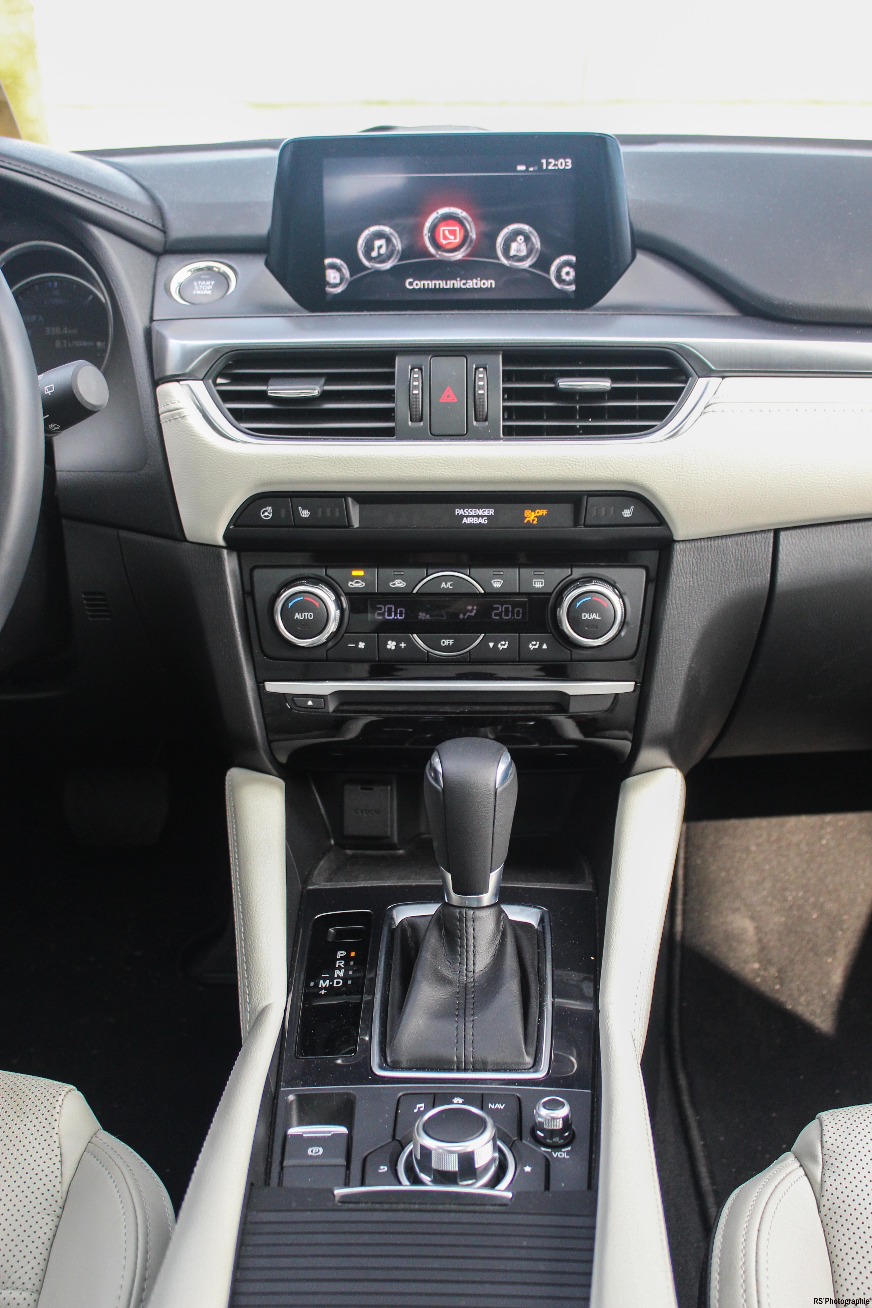 Mazda6SW26-mazda-6-sw-intérieur-onboard-arnaud-demasier-rsphotographie