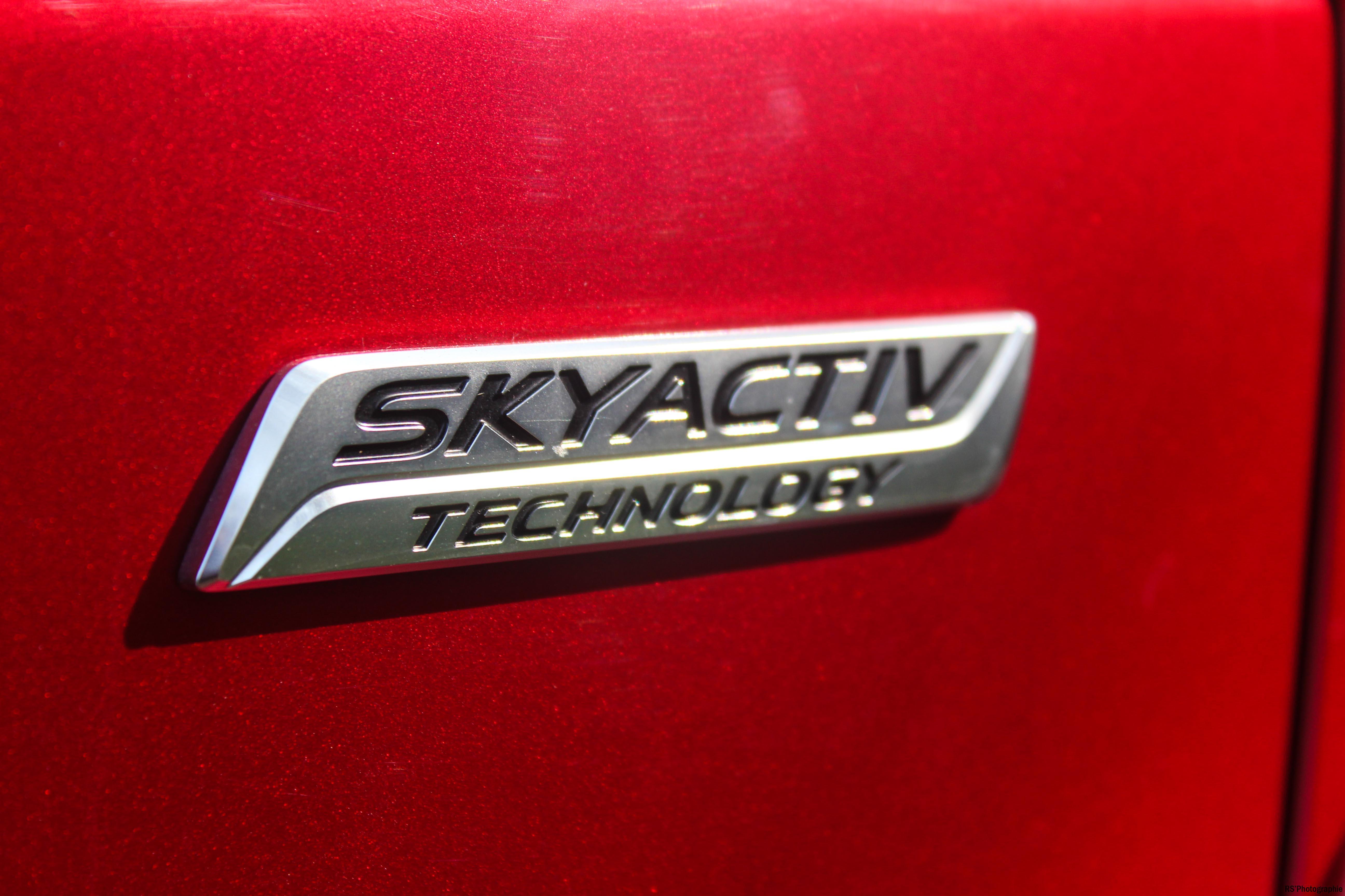 Mazda6SW4-mazda-6-sw-logo-Arnaud Demasier-RSPhotographie