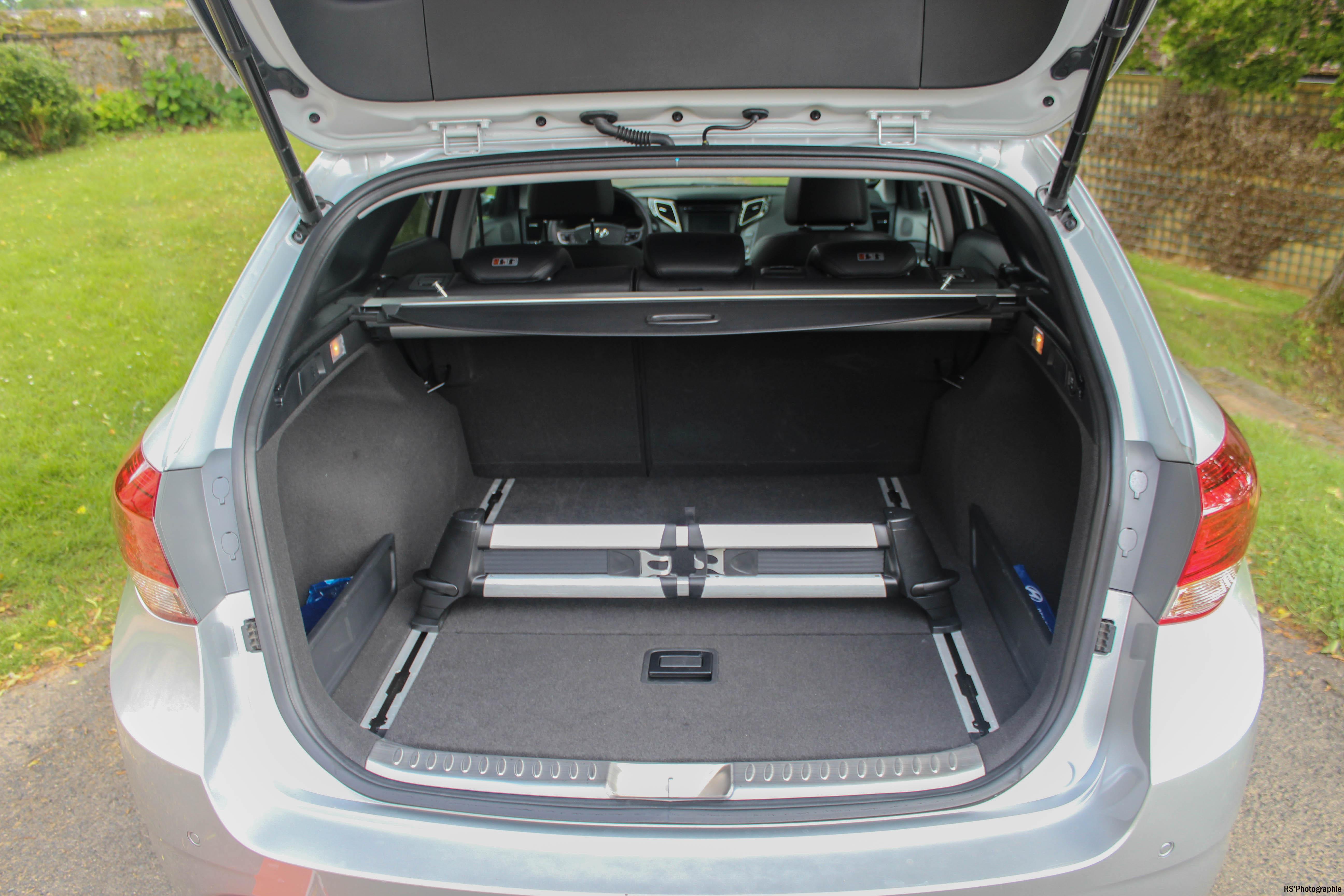 Hyundaii40SW15-hyundai-i40-sw-arriere-rear-Arnaud Demasier-RSPhotographie