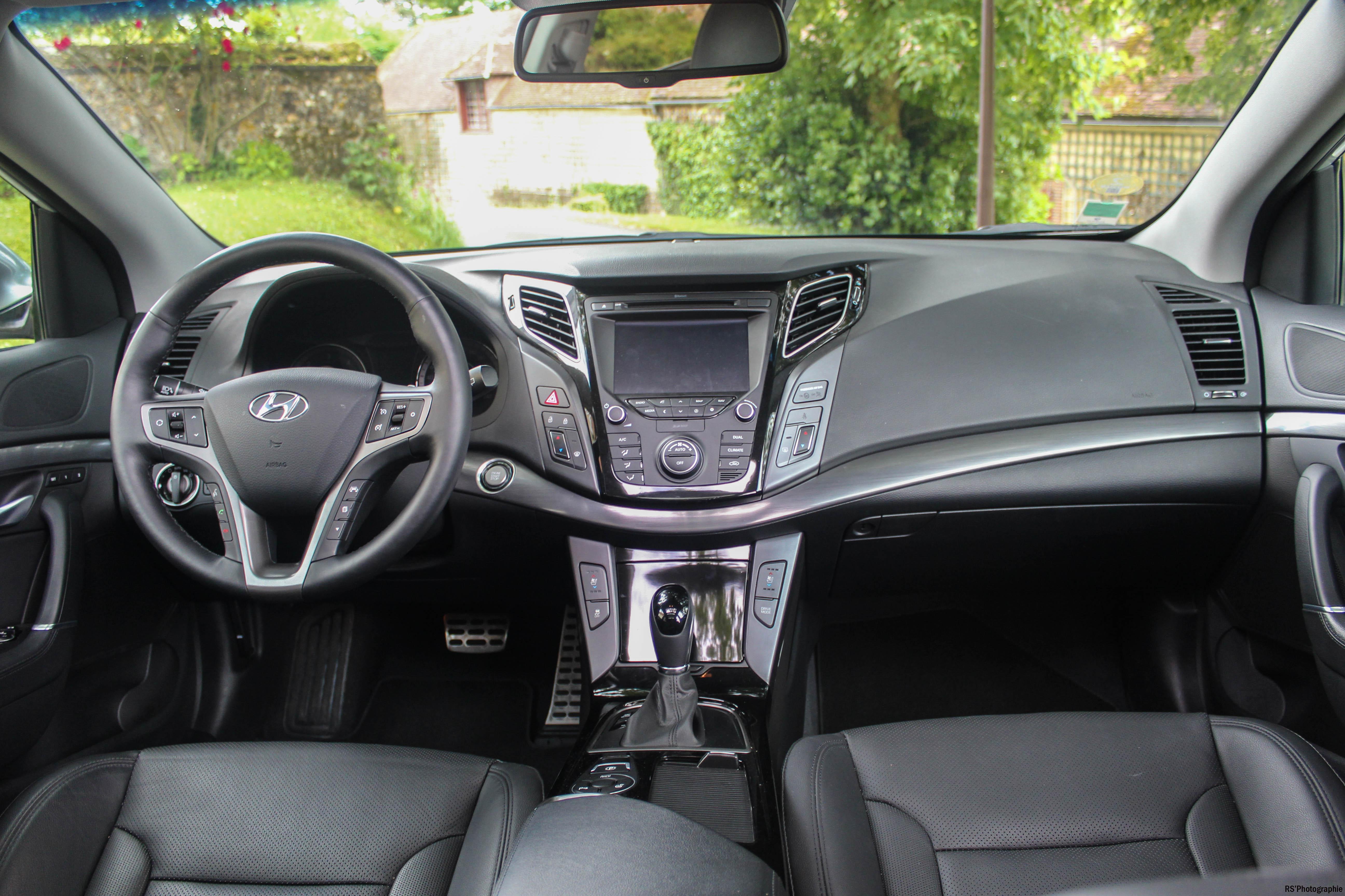 Hyundaii40SW17-hyundai-i40-sw-intérieur-onboard-arnaud-demasier-RSPhotographie