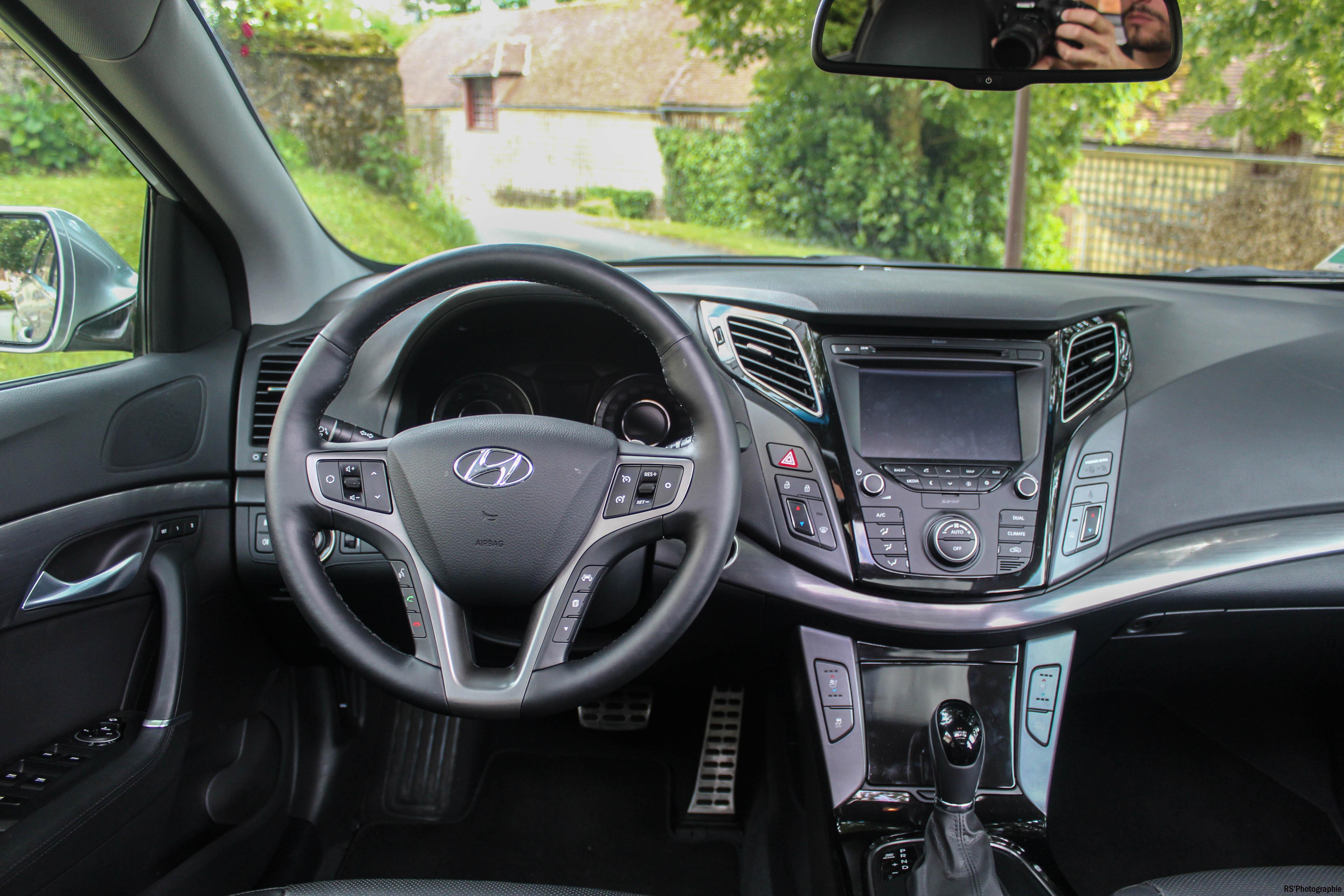 Hyundaii40SW18-hyundai-i40-sw-intérieur-onboard-arnaud-demasier-RSPhotographie