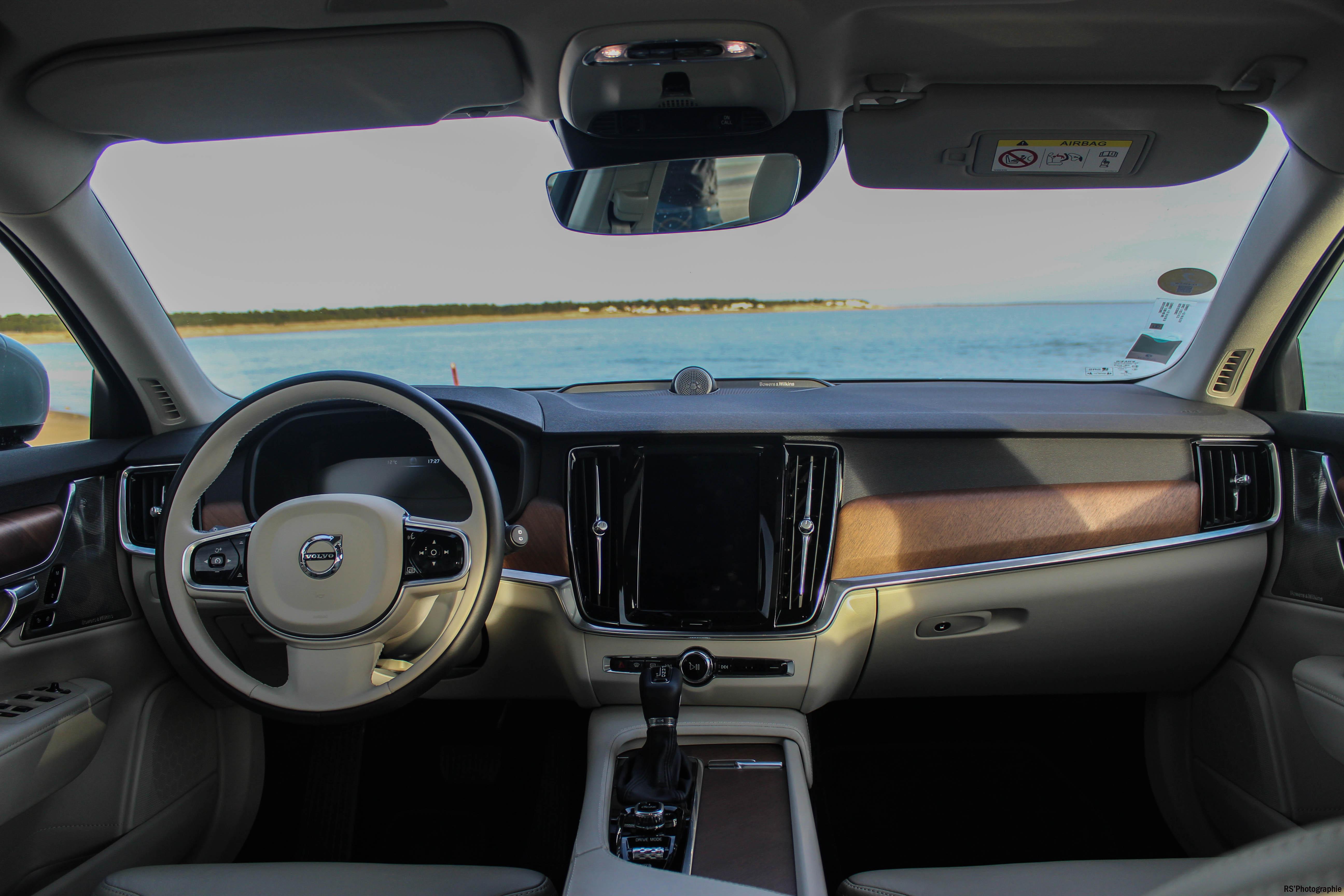 VolvoV9032-volvo-v90-d5-intérieur-onboard-arnaud-demasier-RSPhotographie