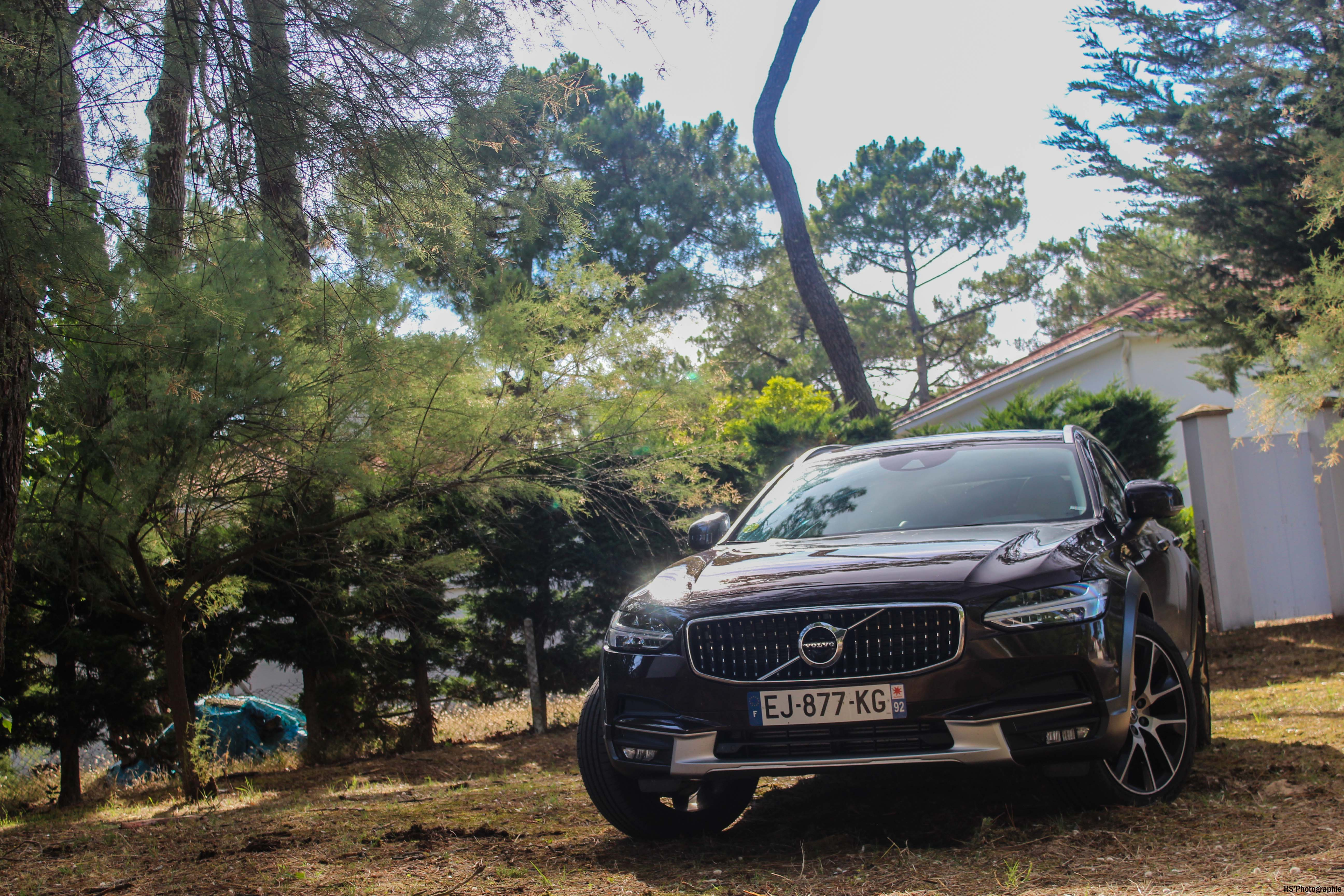 VolvoV90CrossCountry10-volvo-v90-d5-crosscountry-avant-front-Arnaud Demasier-RSPhotographie