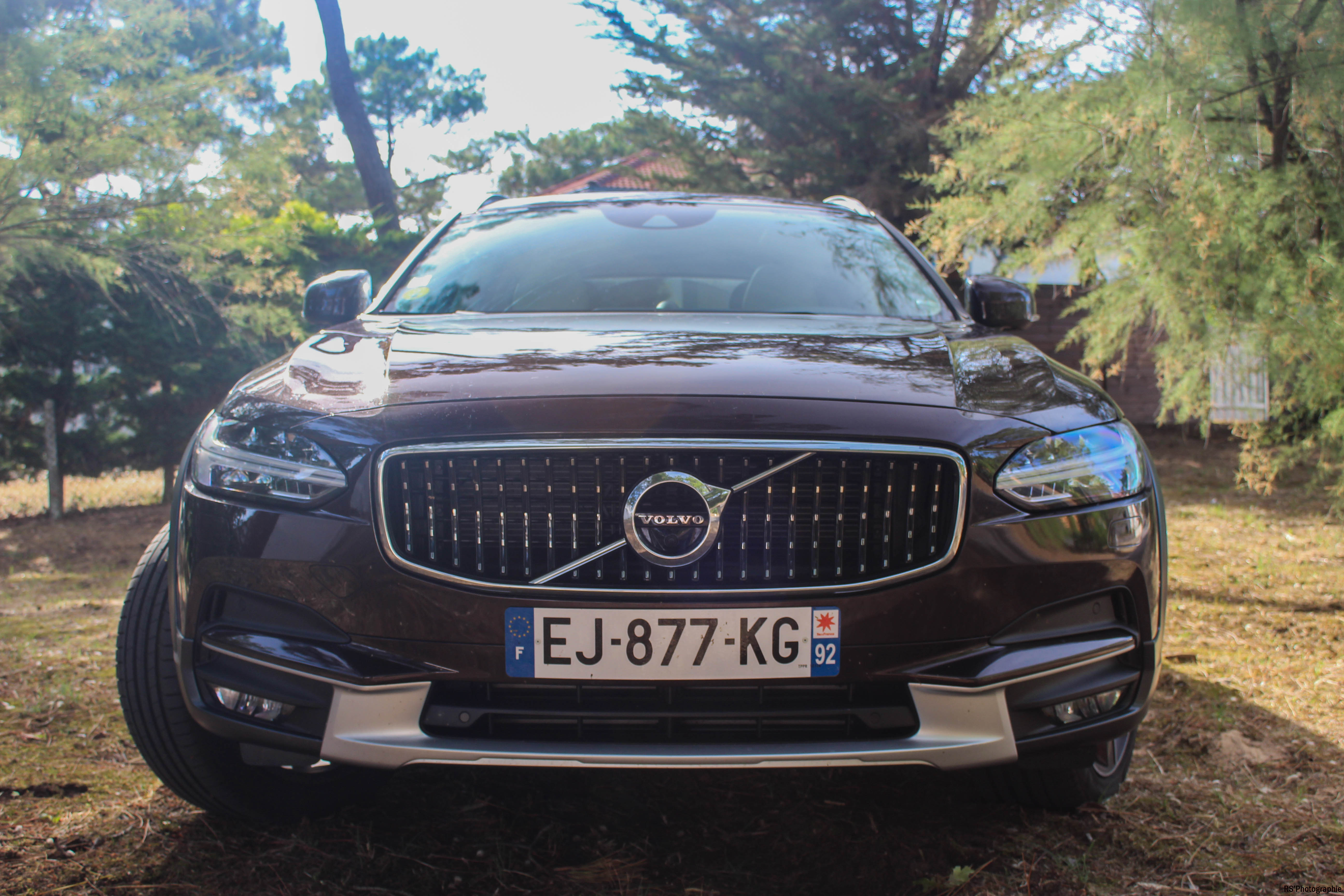 VolvoV90CrossCountry12-volvo-v90-d5-crosscountry-avant-front-Arnaud Demasier-RSPhotographie