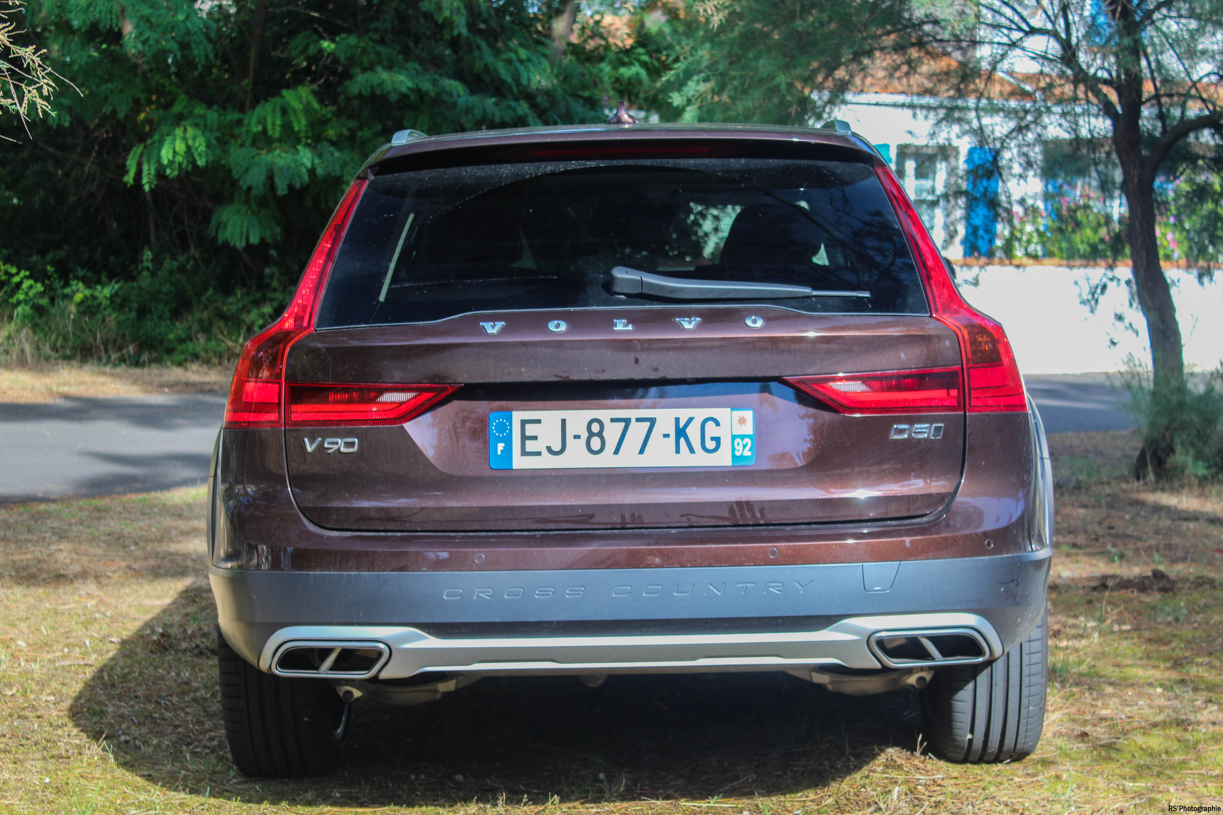 VolvoV90CrossCountry9-volvo-v90-d5-crosscountry-arriere-rear-Arnaud Demasier-RSPhotographie