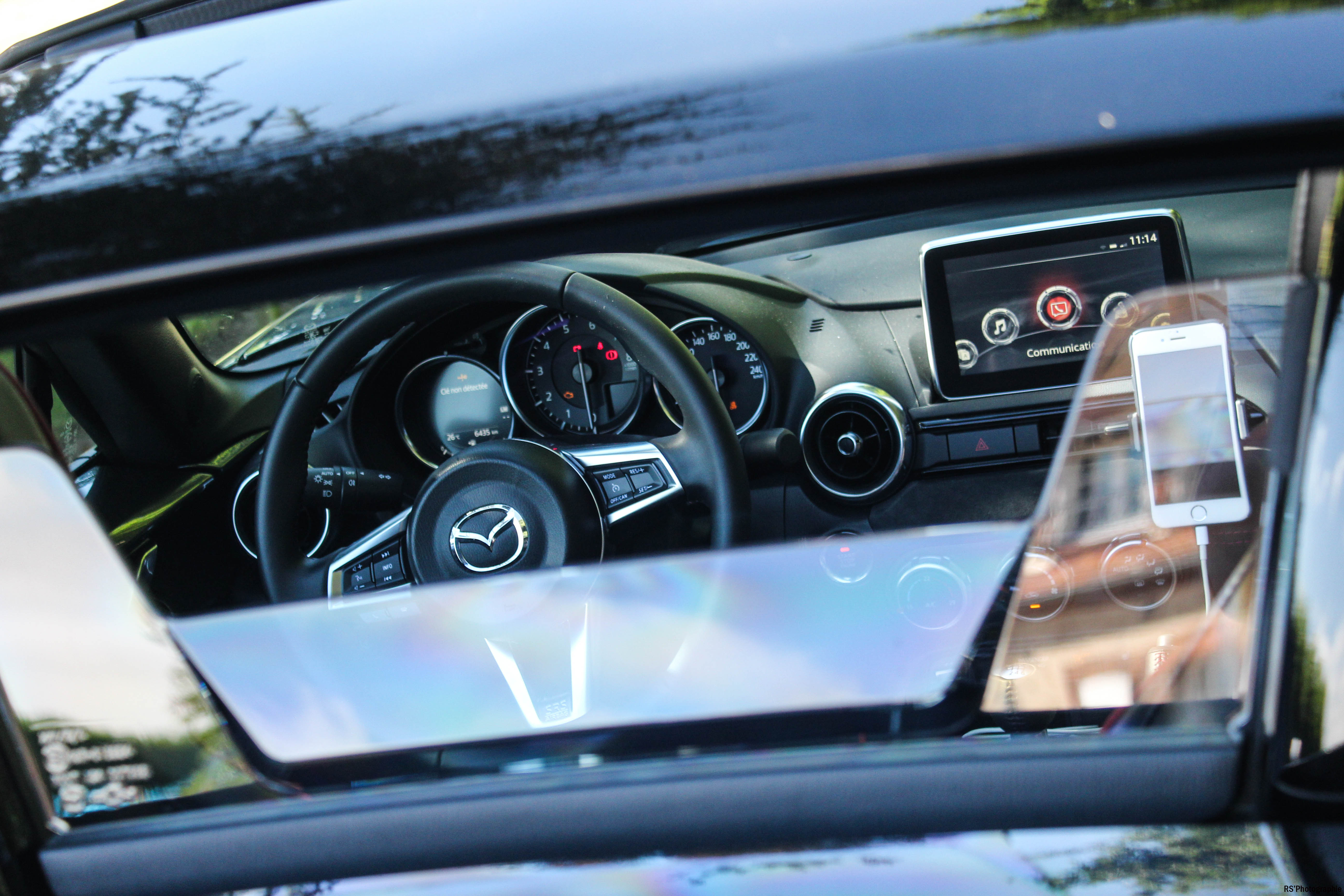 MazdaMX5RF42-mazda-mx5-rf-edition-intérieur-onboard-arnaud-demasier-RSPhotographie