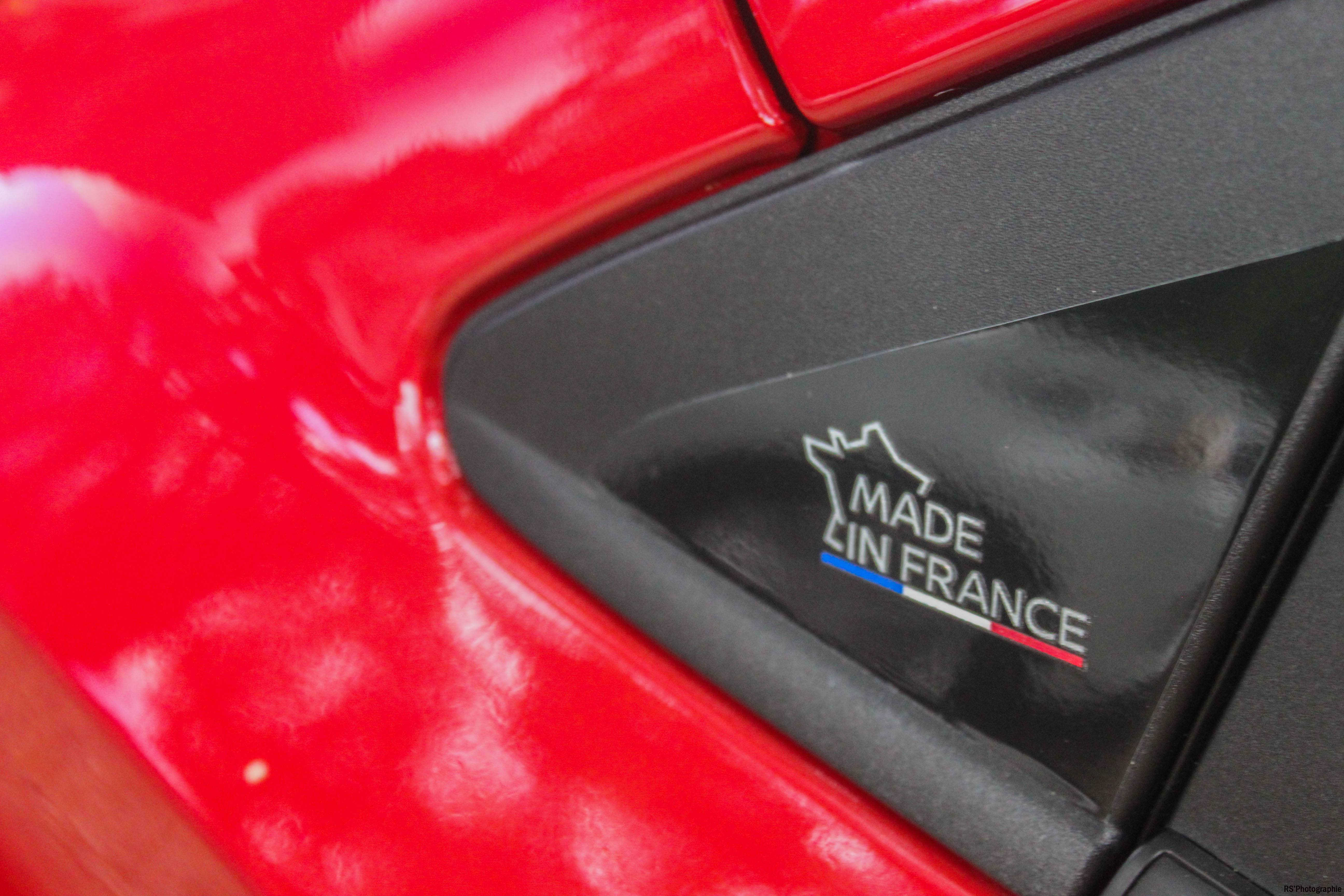 Nissanmicra12-nissan-micra-madeinfrance-logo-Arnaud Demasier-RSPhotographie