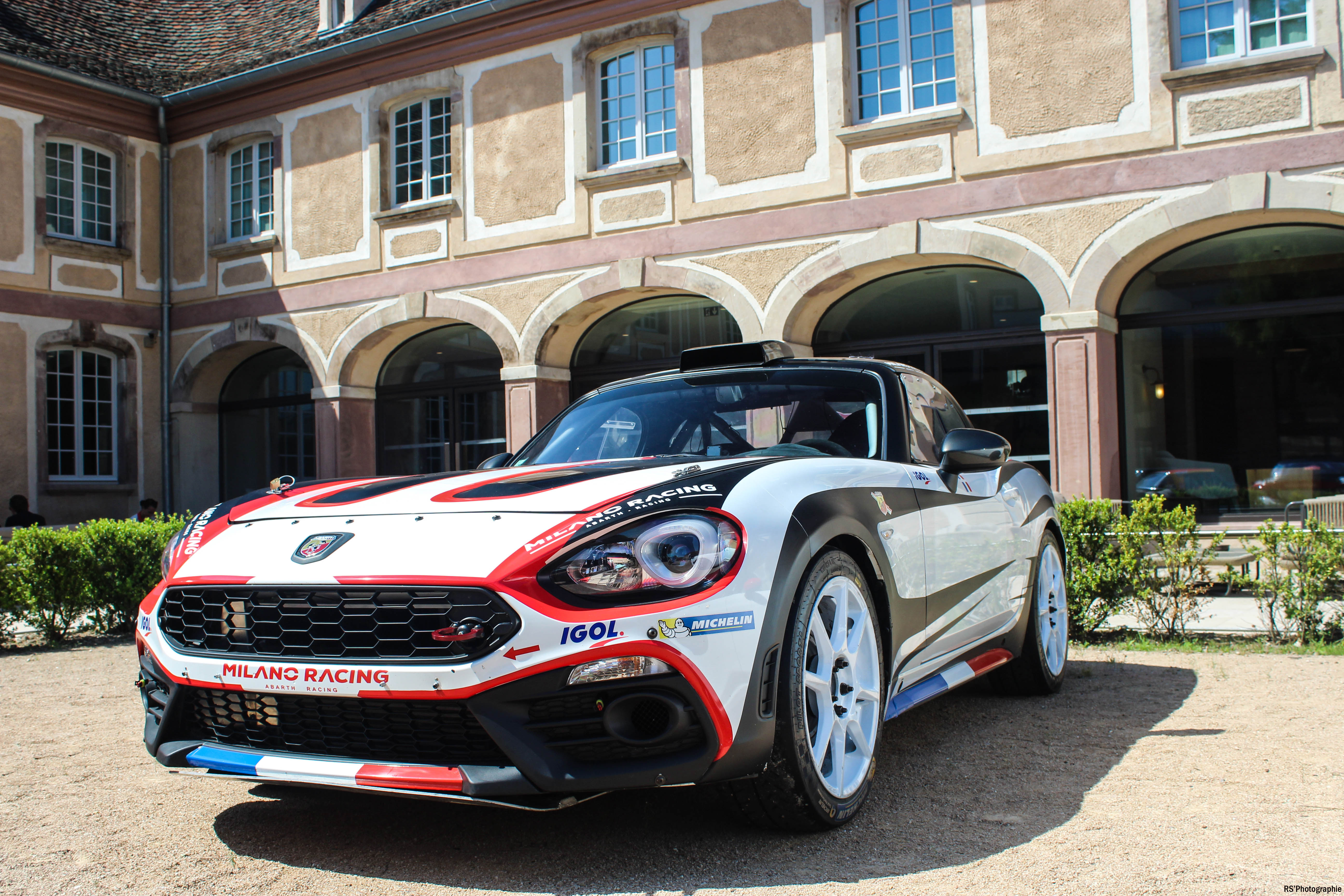 abarth124spider3-abarth-124-rallye-avant-front-Arnaud Demasier-RSPhotographie