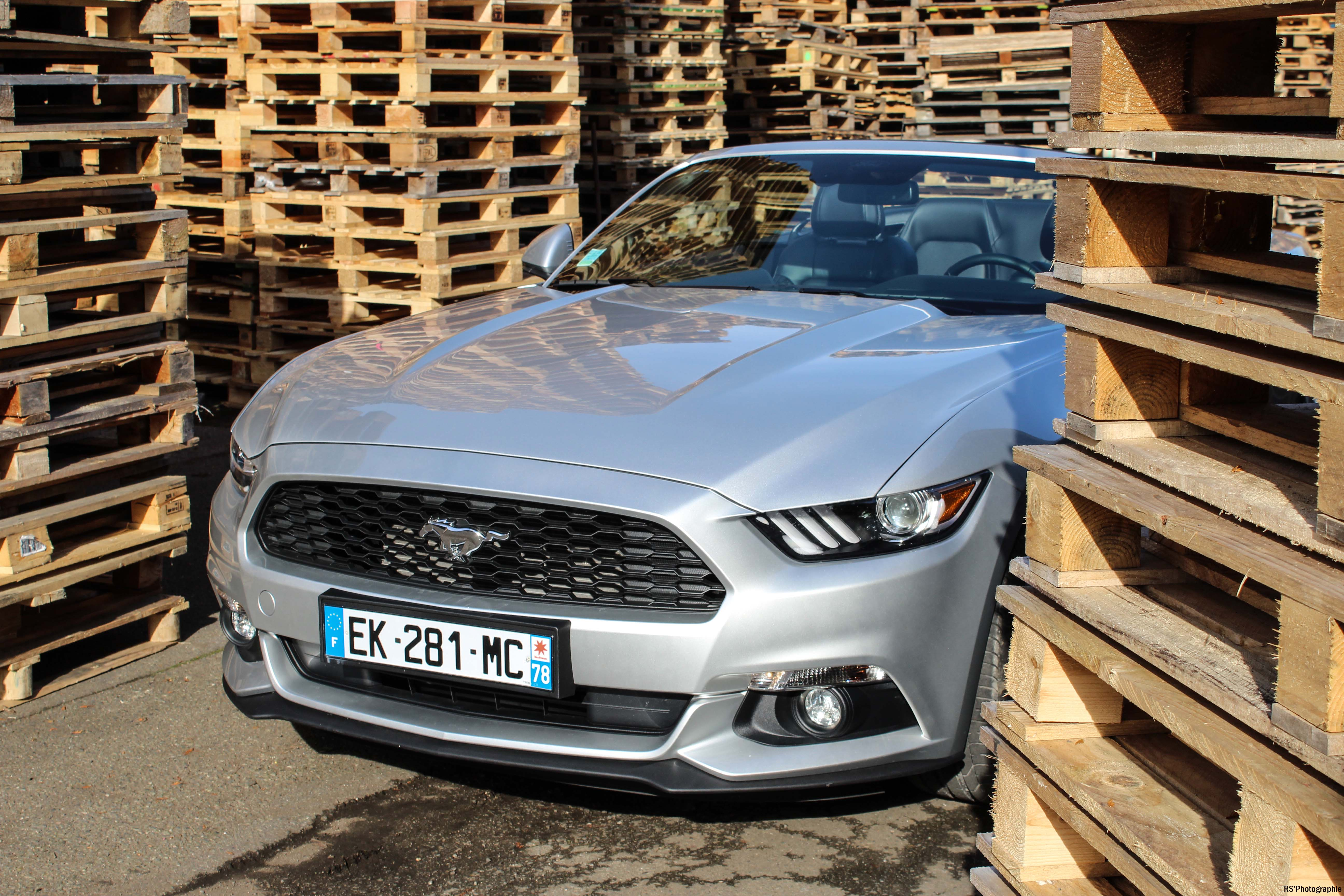 fordmustangeconvertible27-ford-mustang-convertible-ecoboost-avant-front-Arnaud Demasier-RSPhotographie