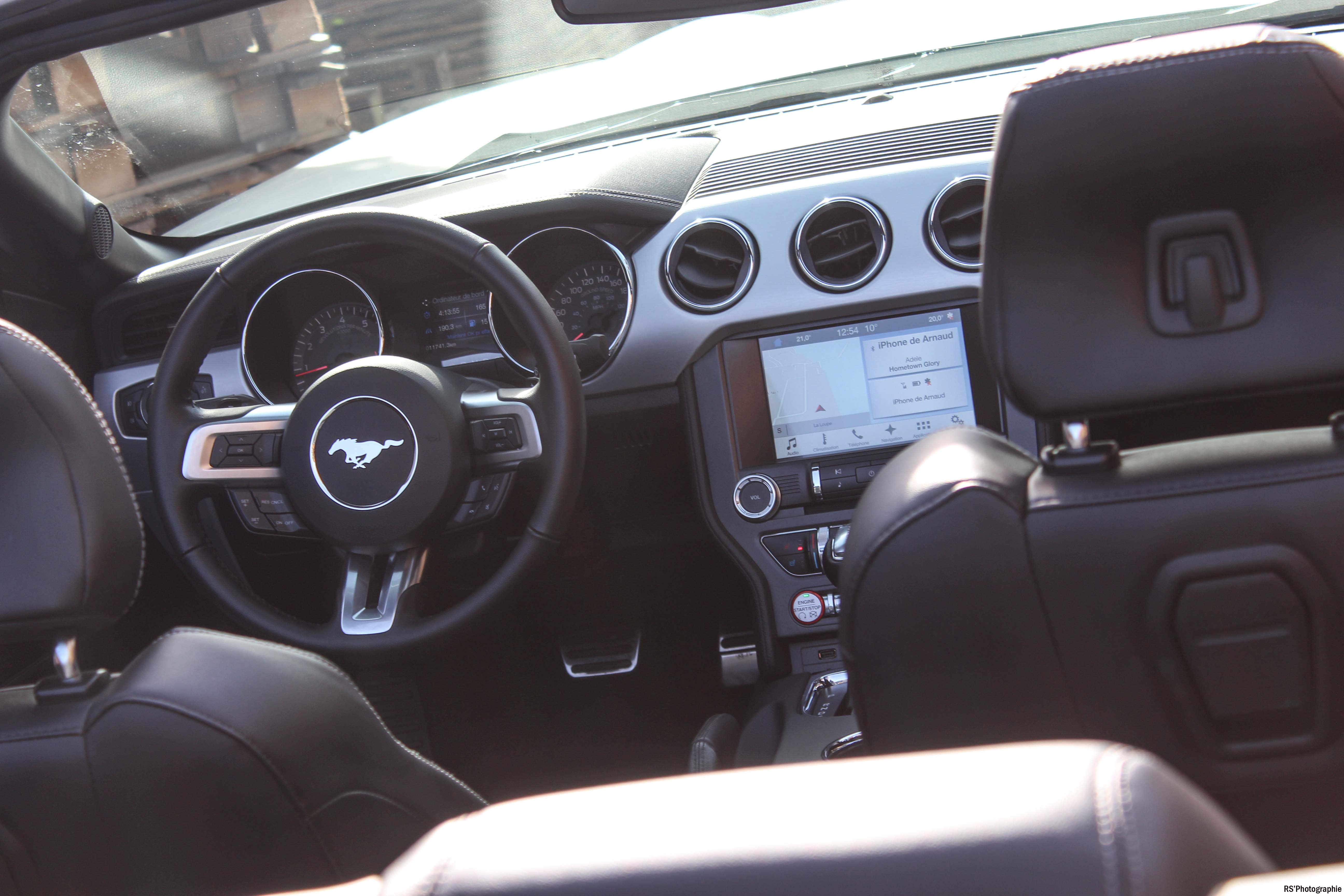 fordmustangeconvertible29-ford-mustang-convertible-ecoboost-intérieur-onboard-Arnaud Demasier-RSPhotographie