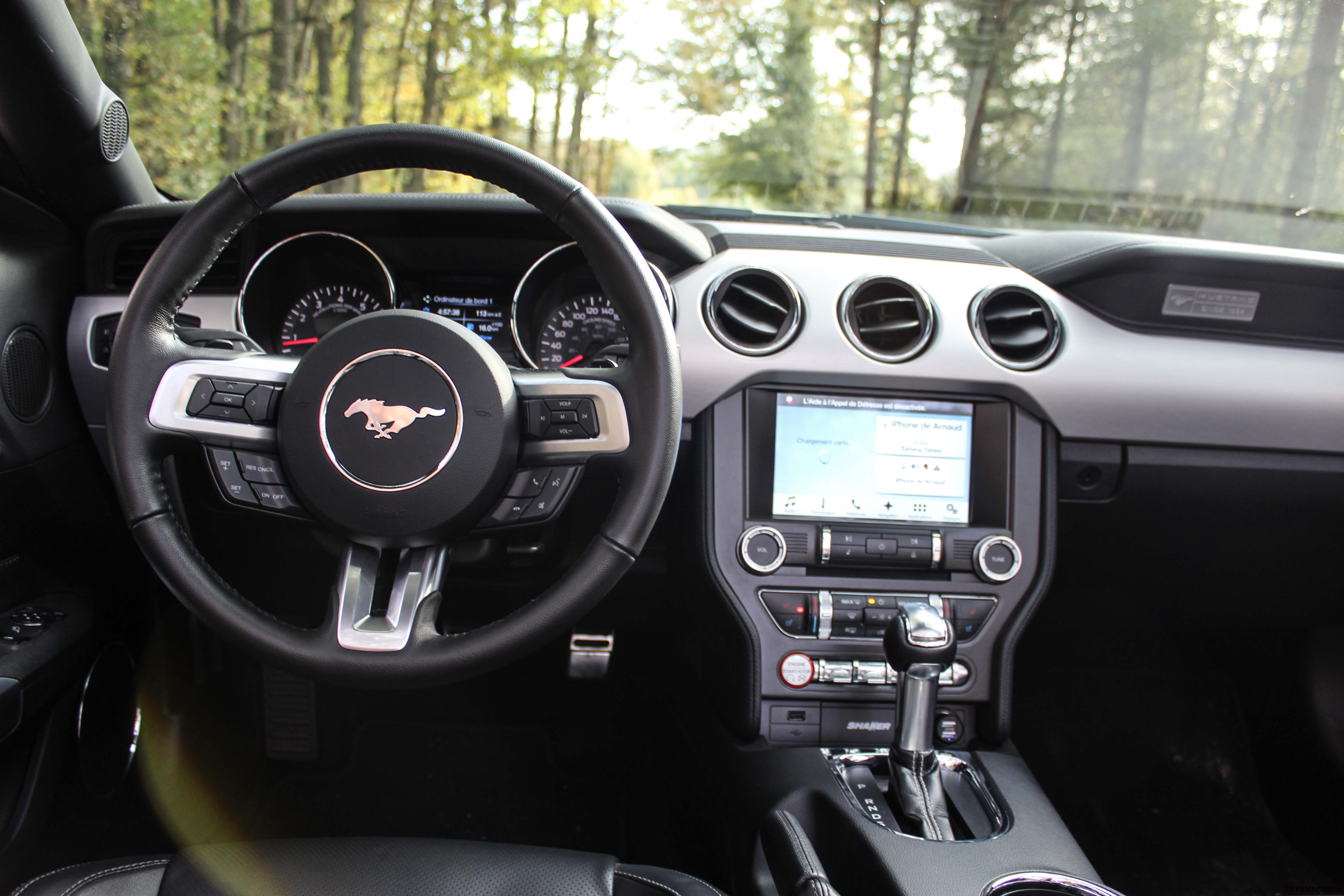 fordmustangeconvertible51-ford-mustang-convertible-ecoboost-intérieur-onboard-Arnaud Demasier-RSPhotographie