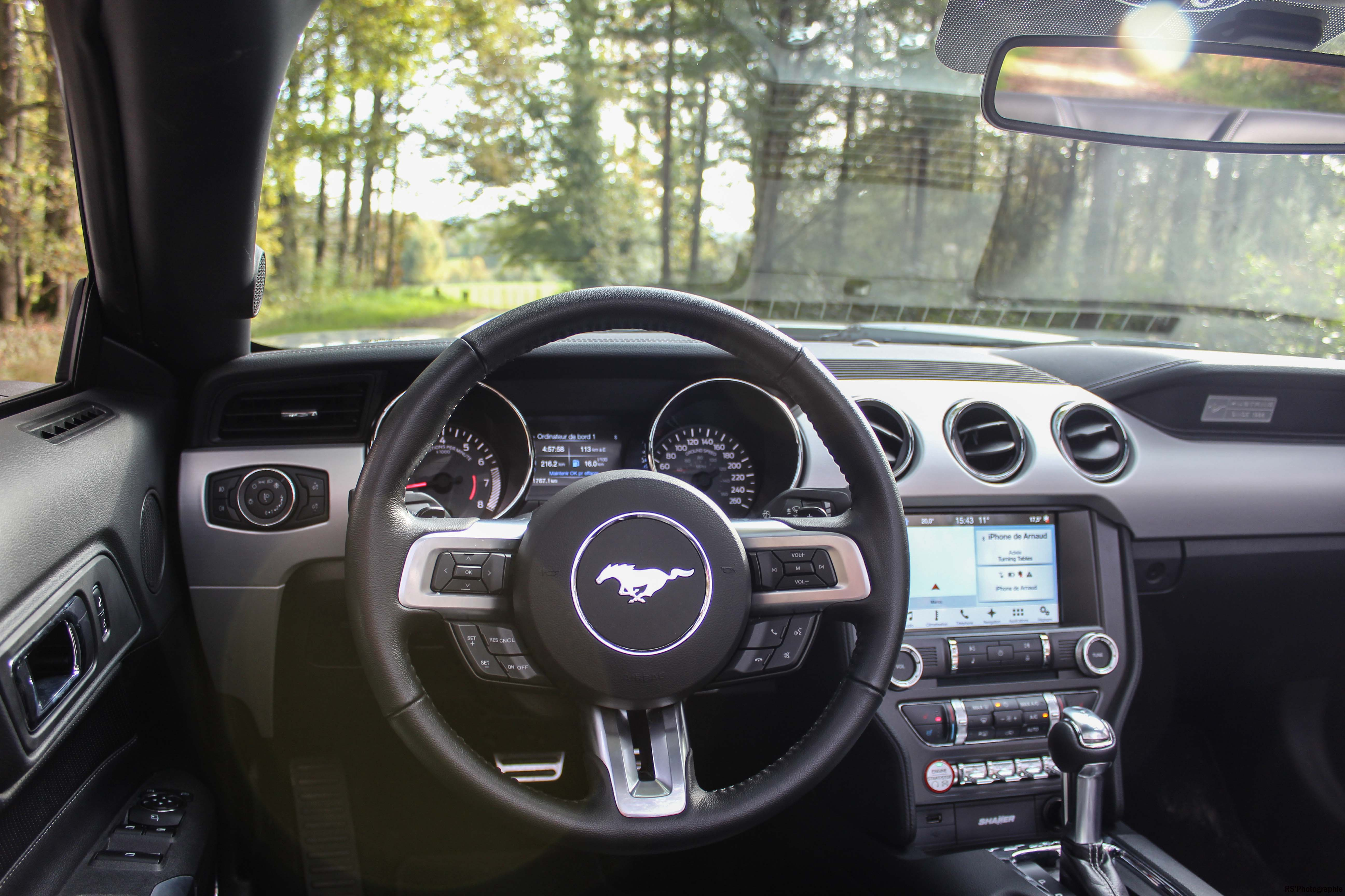 fordmustangeconvertible52-ford-mustang-convertible-ecoboost-intérieur-onboard-Arnaud Demasier-RSPhotographie