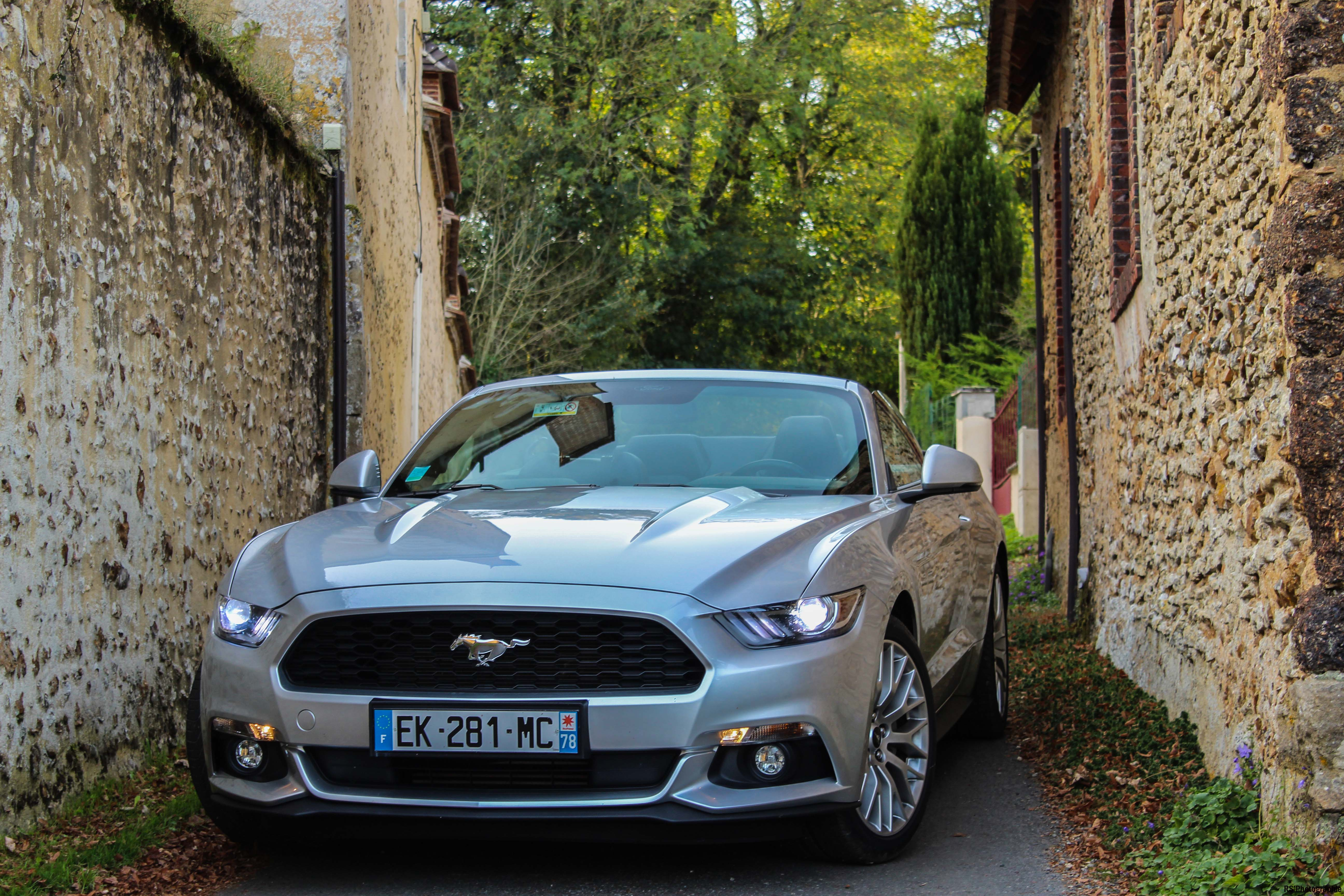 fordmustangeconvertible77-ford-mustang-convertible-ecoboost-avant-front-Arnaud Demasier-RSPhotographie