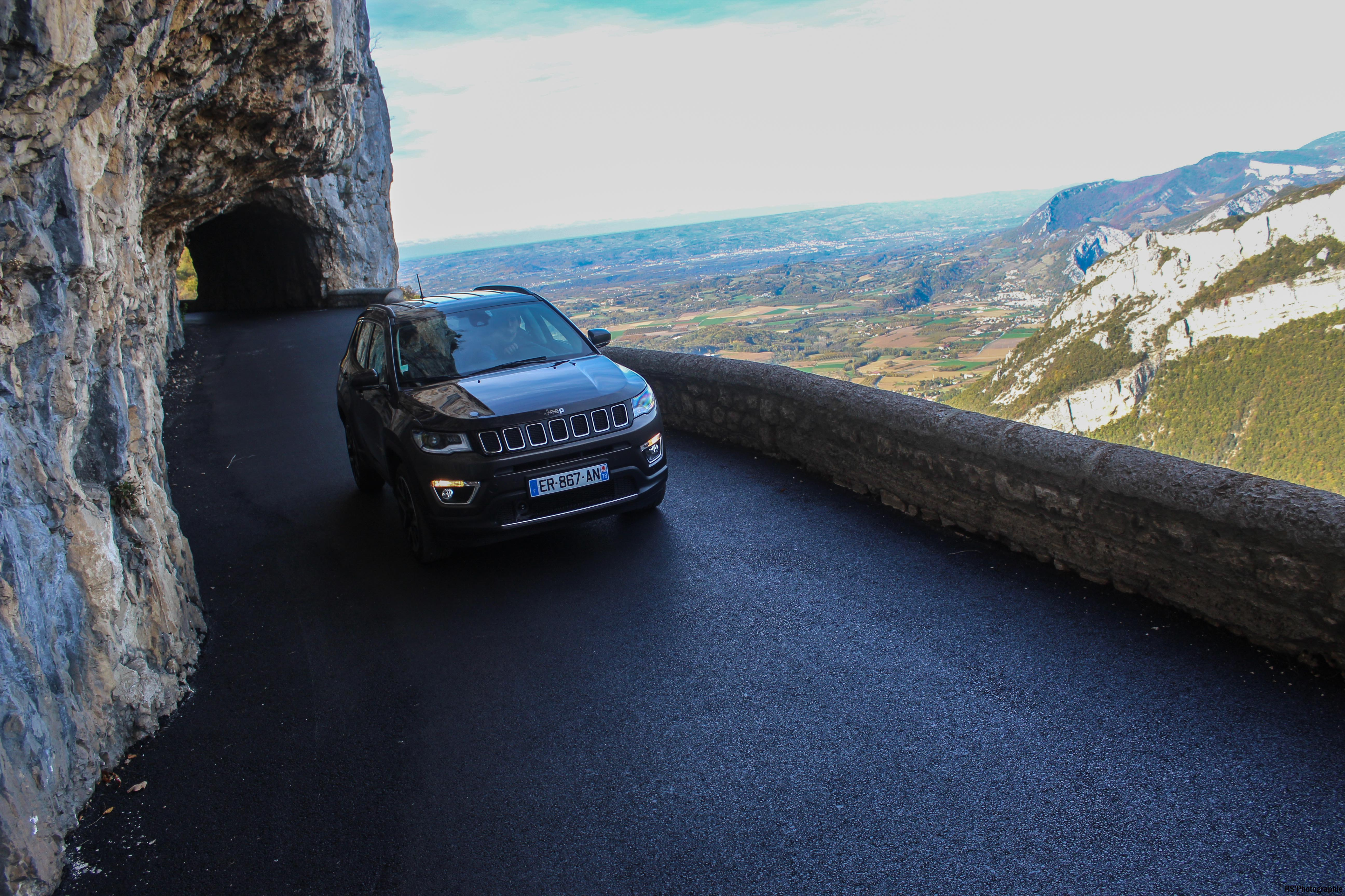 jeepcompass46-jeep-compass-avant-front-Arnaud Demasier-RSPhotographie