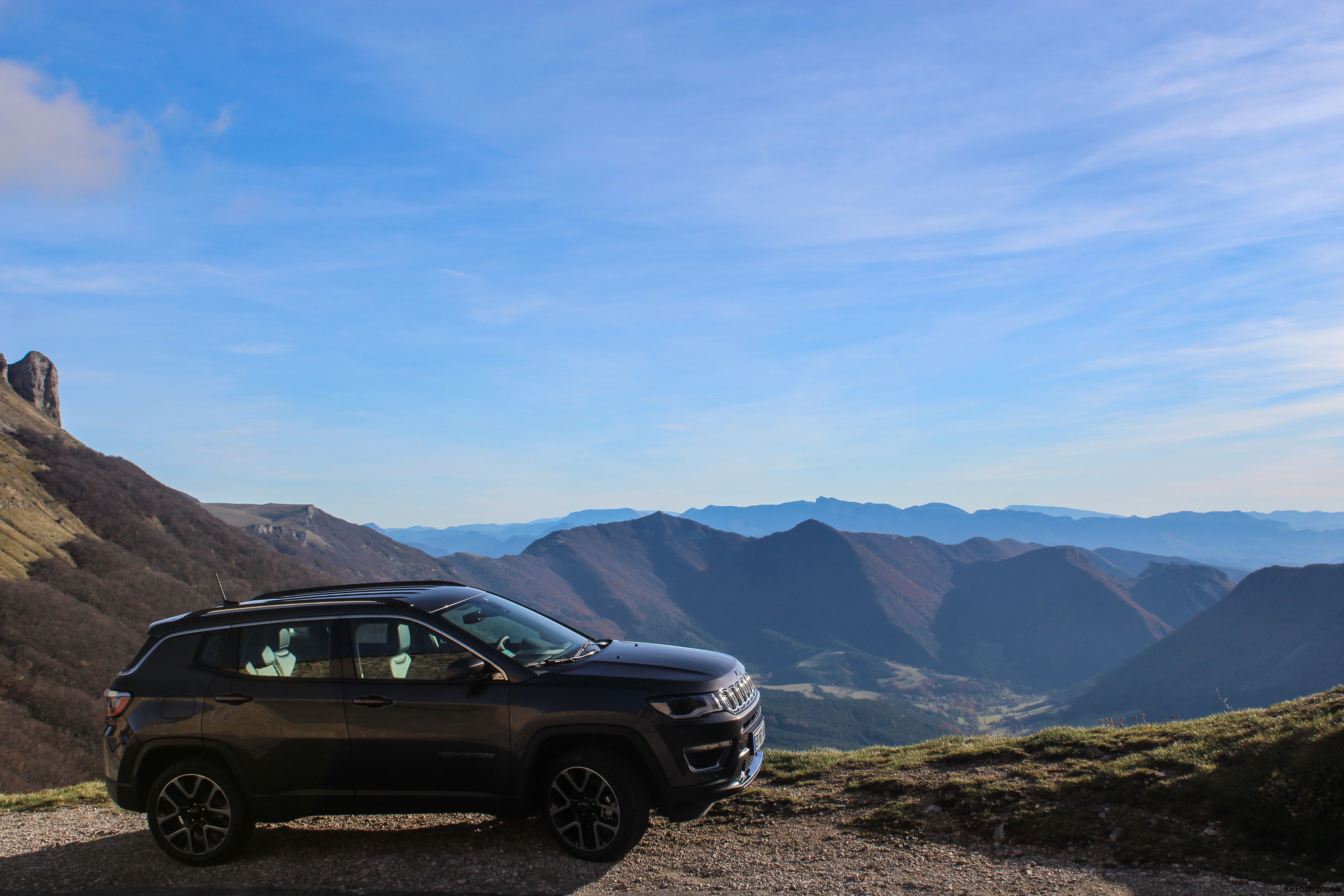 jeepcompass55-jeep-compass-profil-side-Arnaud Demasier-RSPhotographie