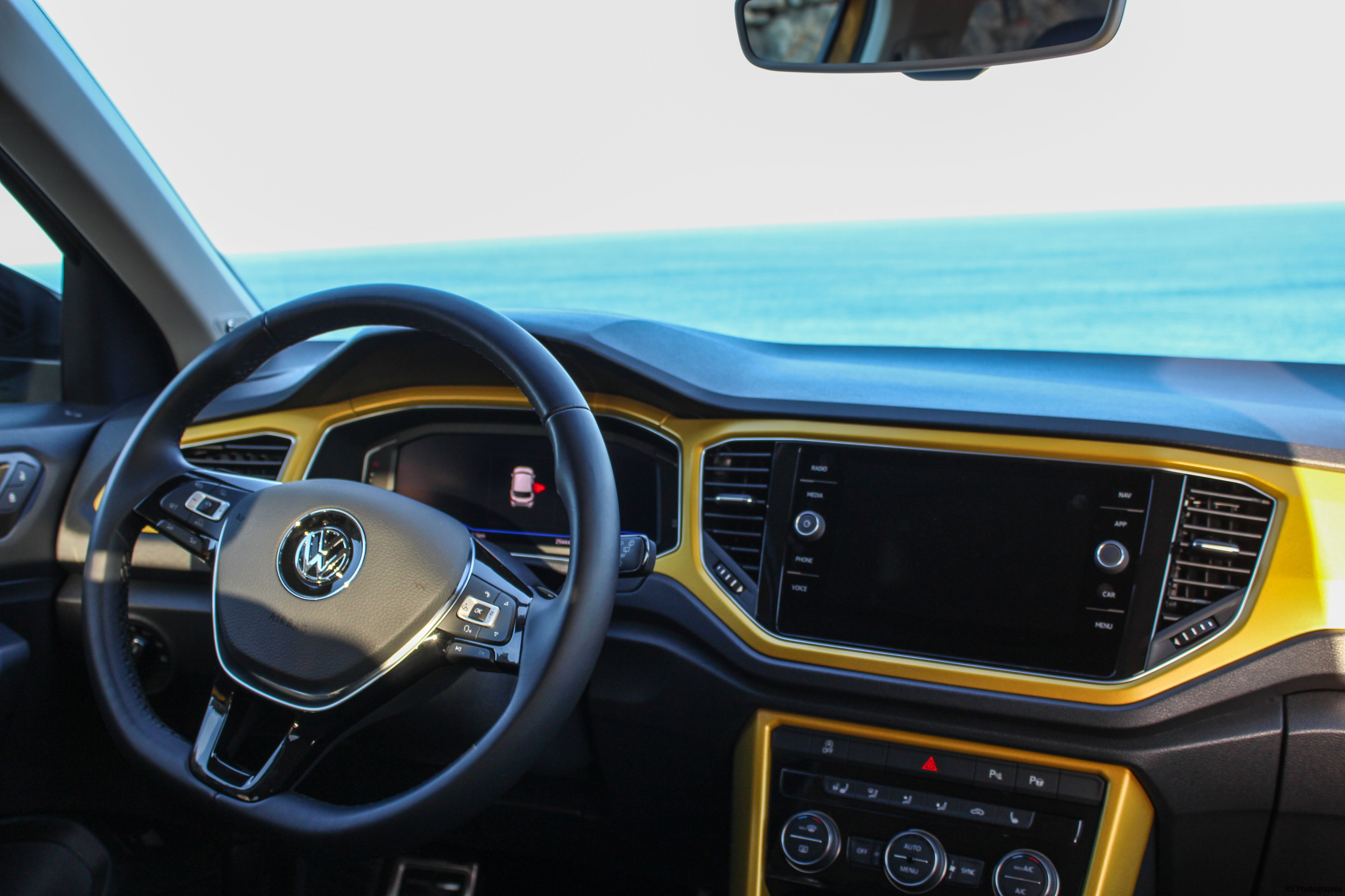 Volkswagentroc101-vw-t-roc-intérieur-onboard-Arnaud Demasier-RSPhotographie