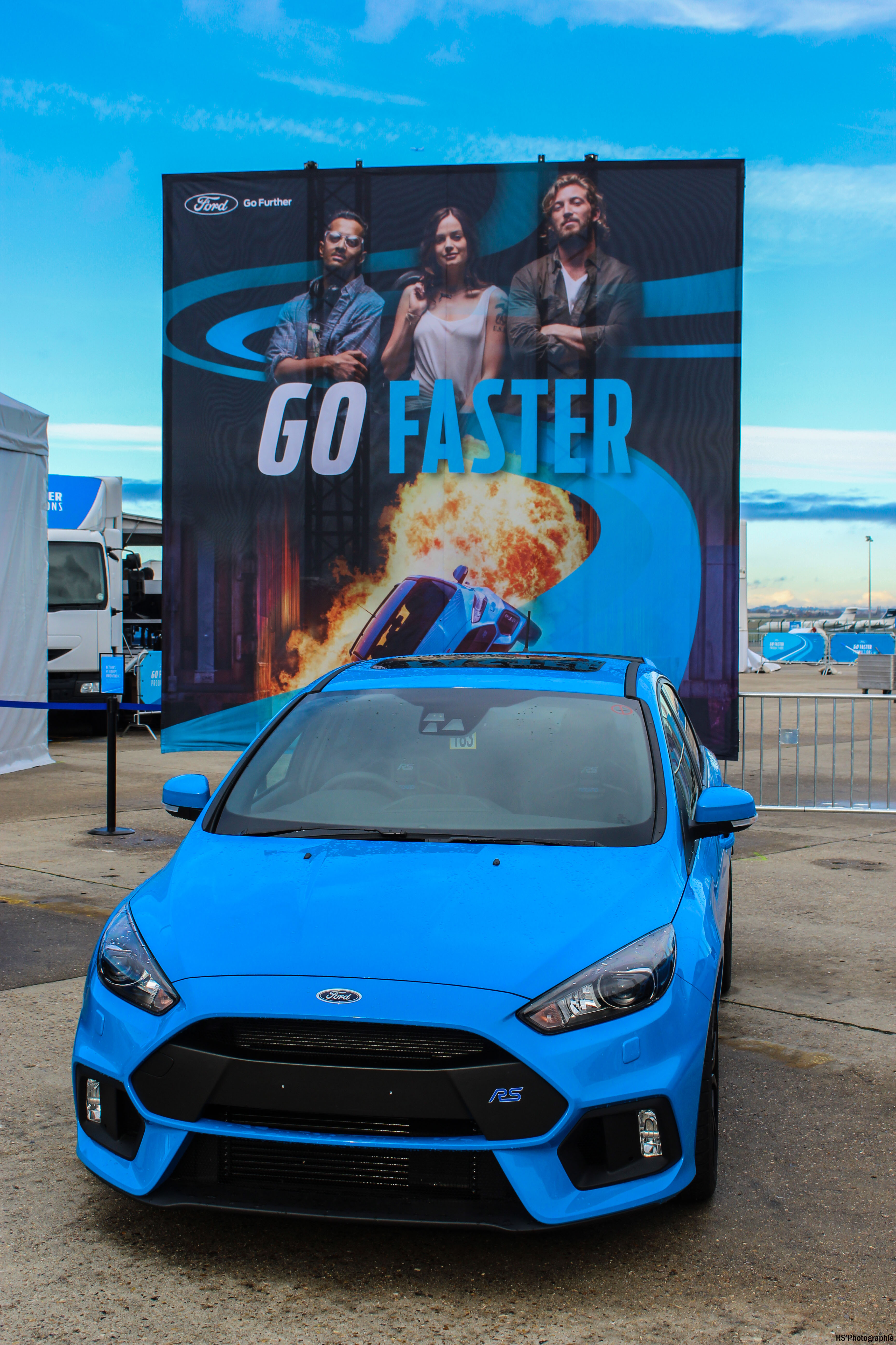 gofaster2-opération-go-faster-ford-focus-rs-avant-front-Arnaud Demasier-RSPhotographie