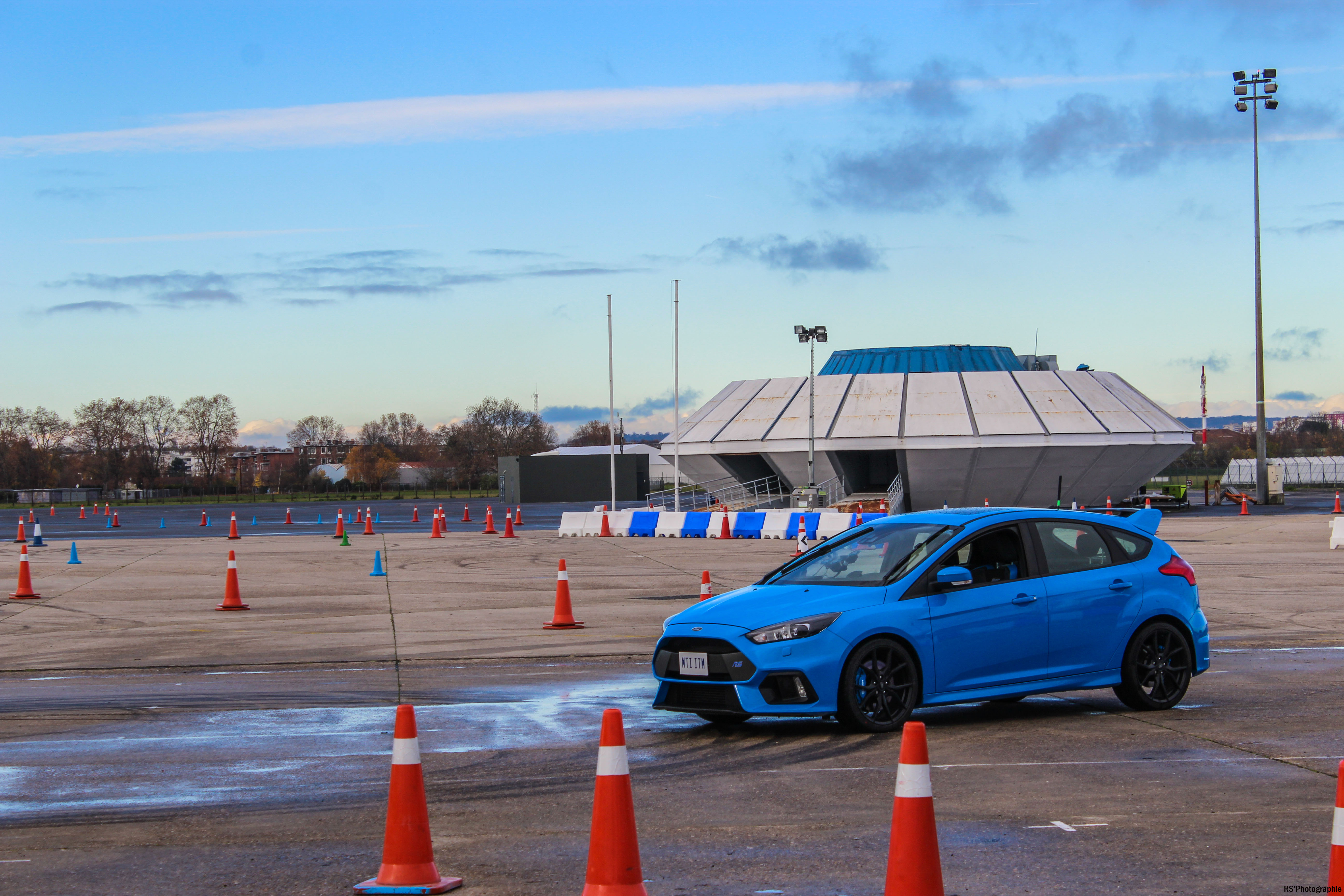 gofaster6-opération-go-faster-ford-focus-rs-avant-front-Arnaud Demasier-RSPhotographie