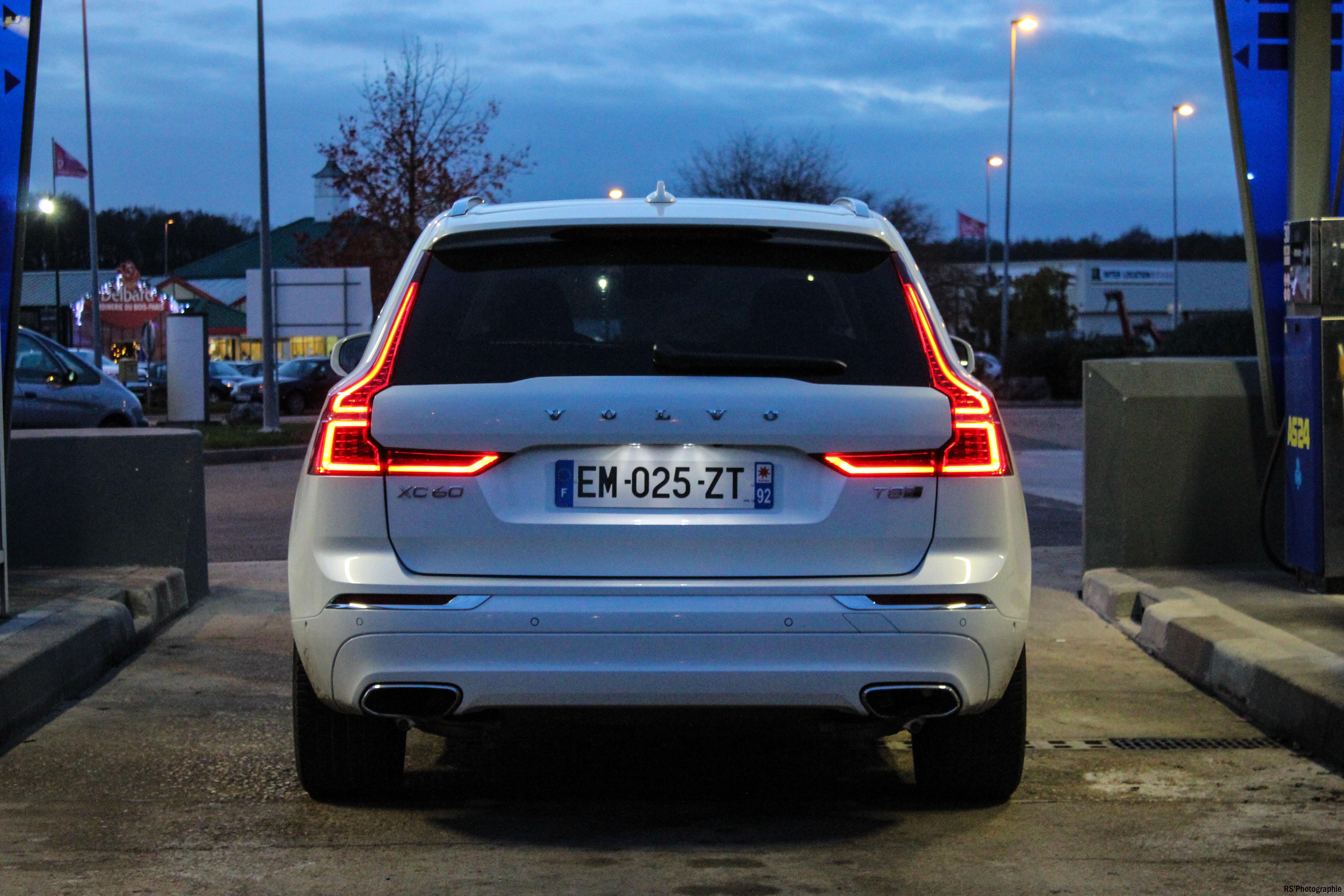 volvoXC6012-volvo-XC60-T8-Hybrid-arriere-rear-Arnaud Demasier-RSPhotographie