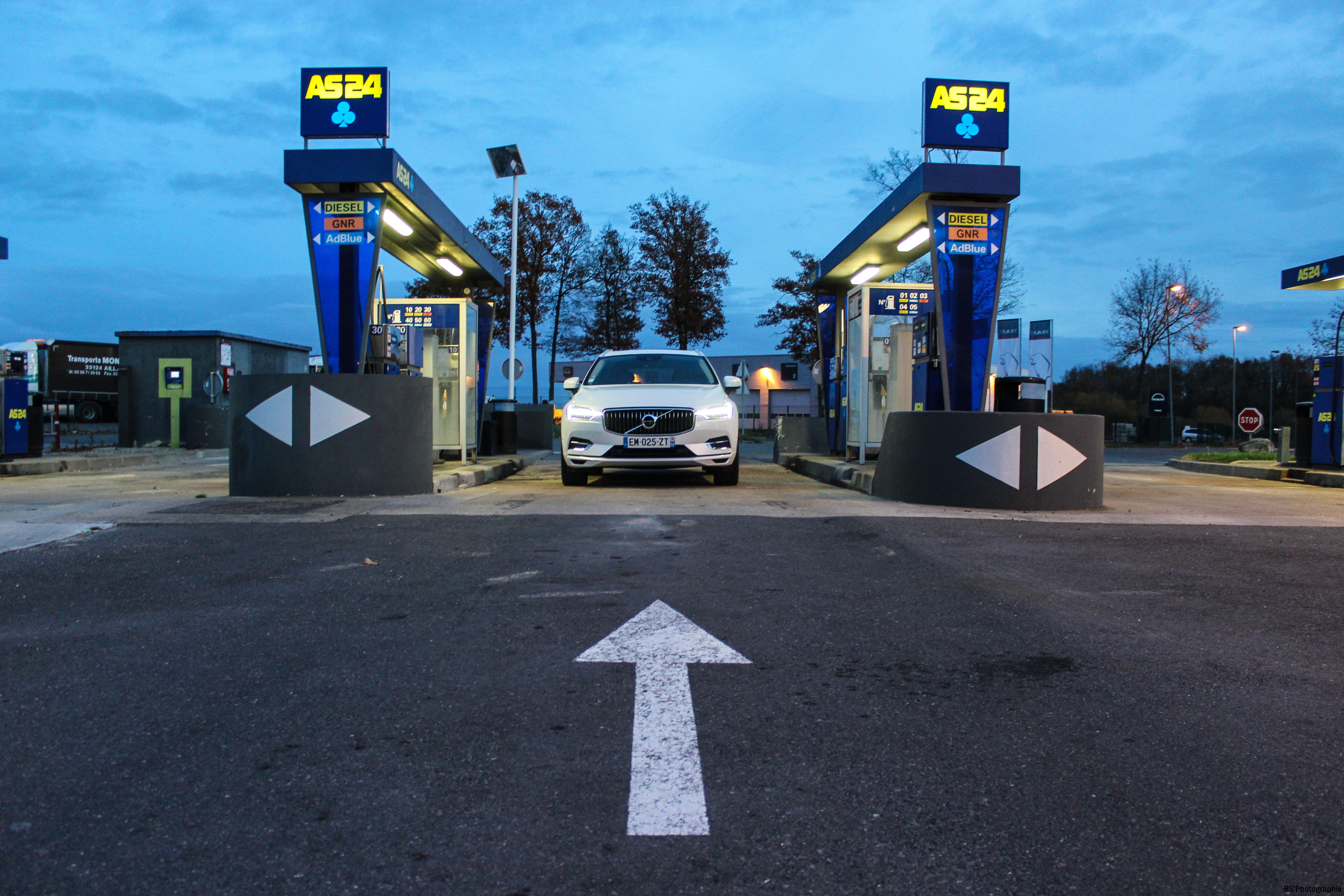 volvoXC609-volvo-XC60-T8-Hybrid-avant-front-Arnaud Demasier-RSPhotographie