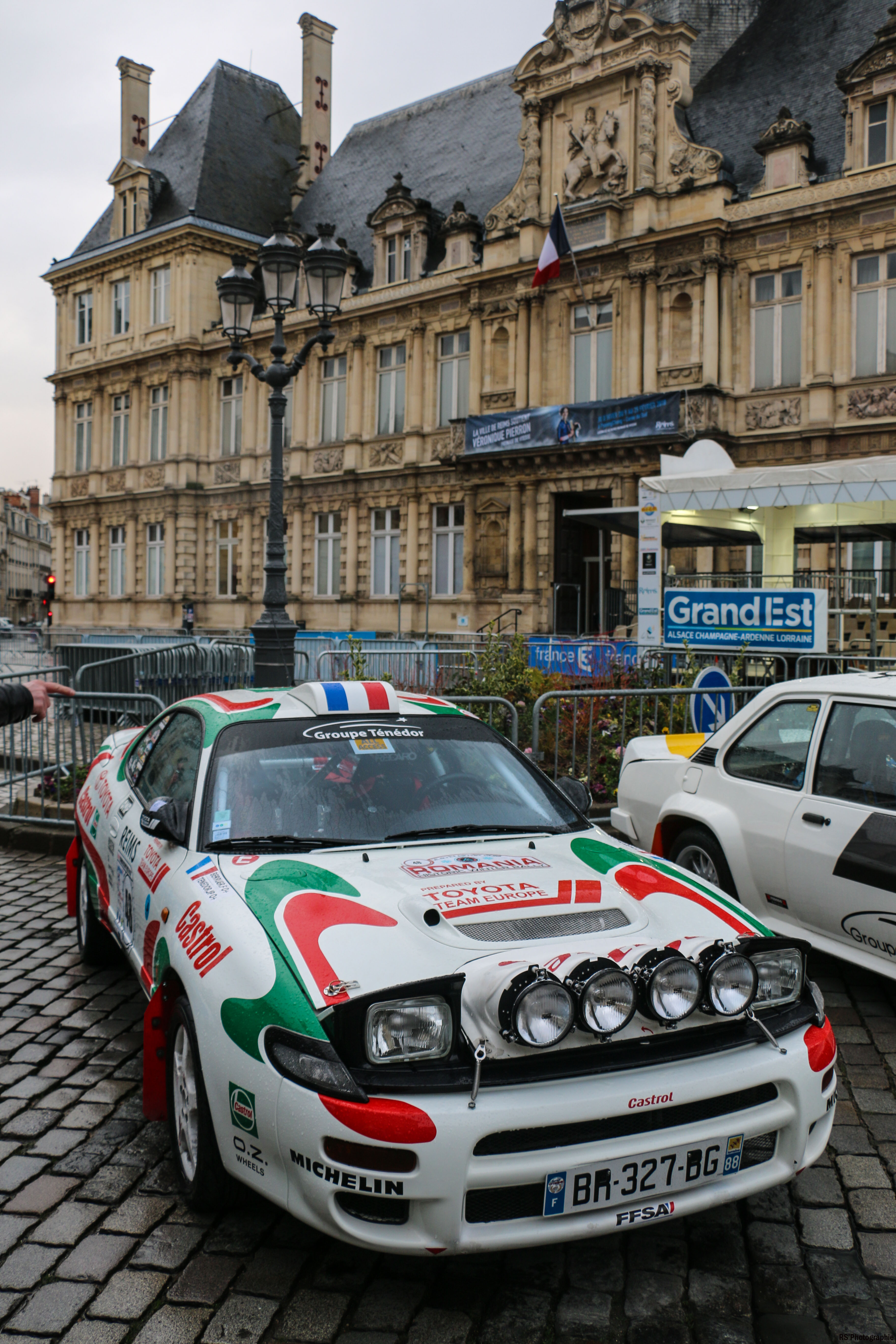 Toyota-corolla-avant-front-Arnaud Demasier-RSPhotographie