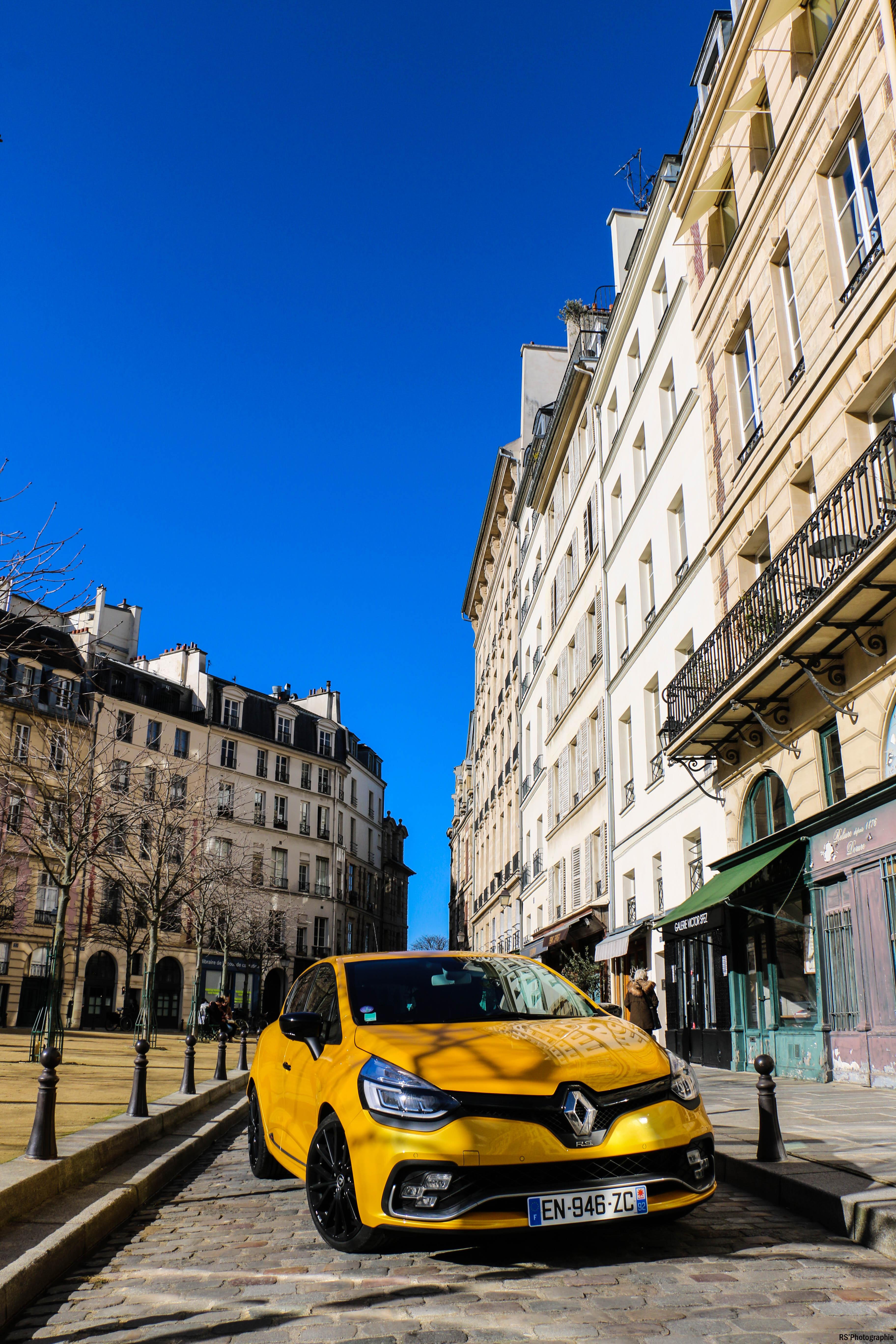 RenaultclioIVRSTrophy45-renault-clio-RS-trophy-avant-front-Arnaud Demasier-RSPhotographie