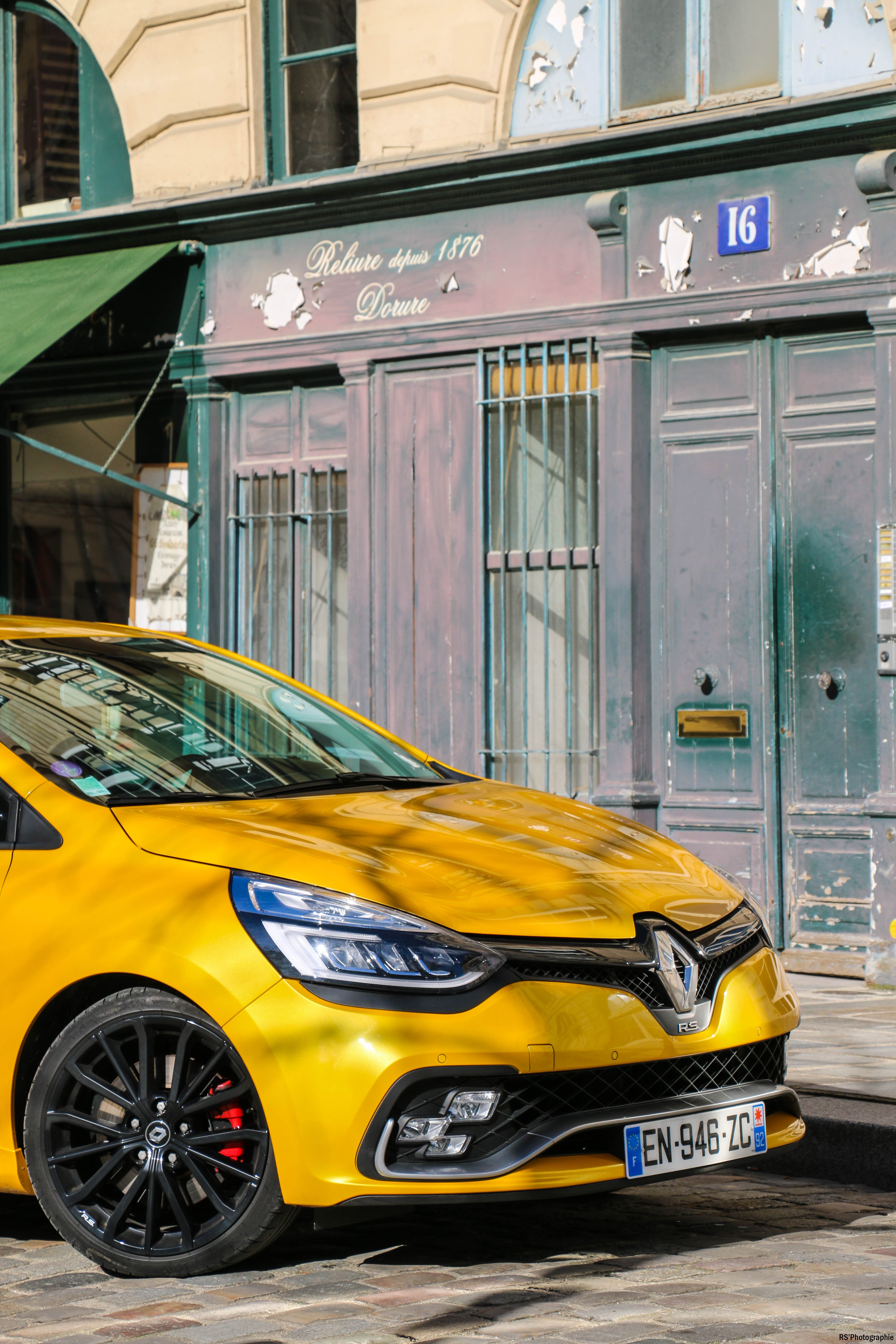 RenaultclioIVRSTrophy46-renault-clio-RS-trophy-avant-front-Arnaud Demasier-RSPhotographie