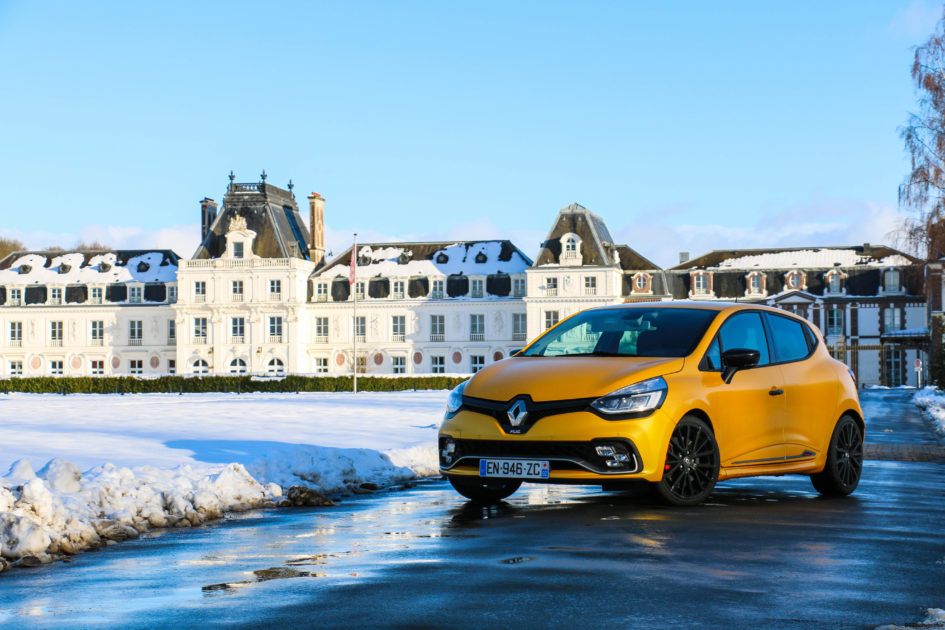 RenaultclioIVRSTrophy5-renault-clio-RS-trophy-avant-front-Arnaud Demasier-RSPhotographie