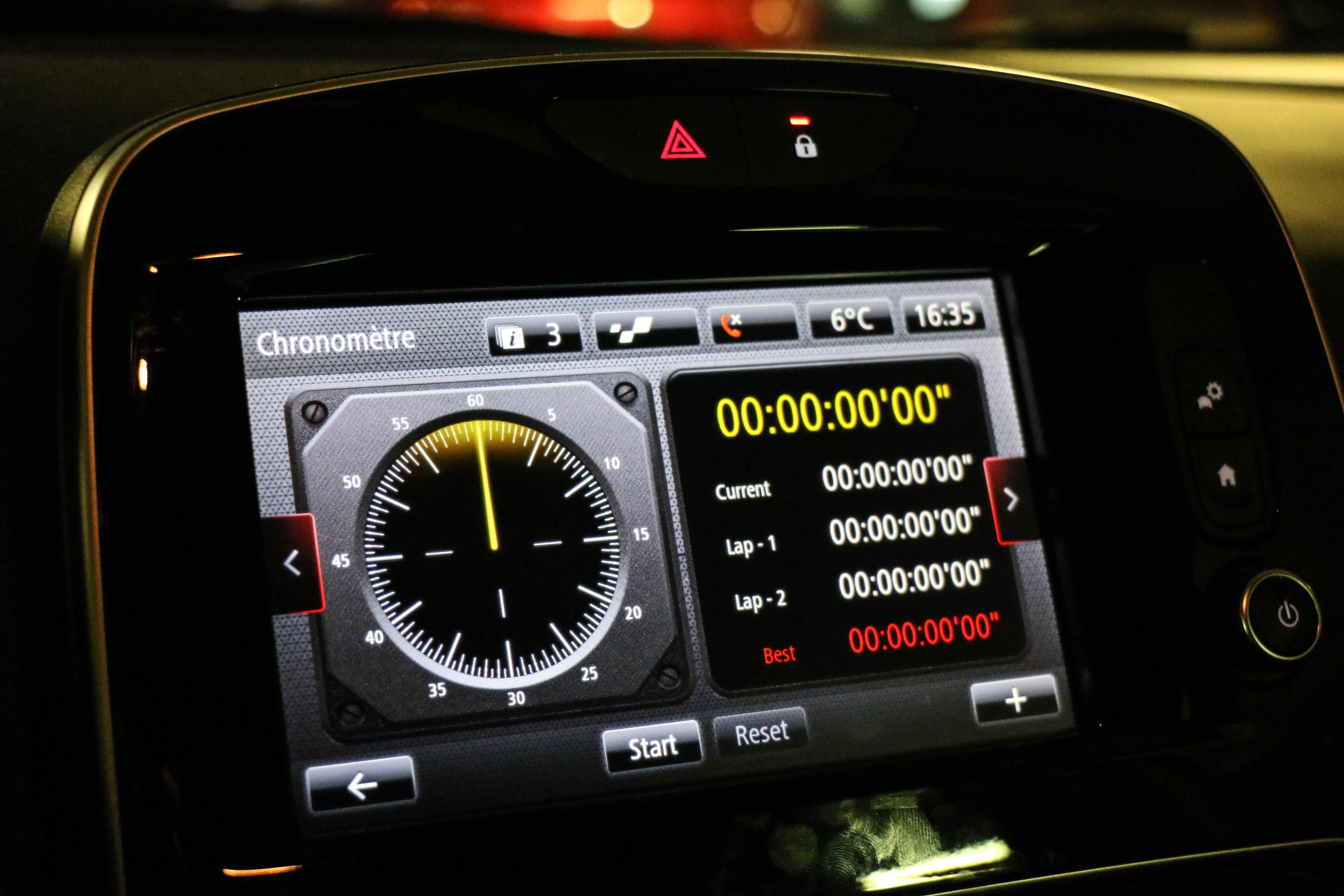 RenaultclioIVRSTrophy57-renault-clio-RS-trophy-intérieur-onboard-Arnaud Demasier-RSPhotographie