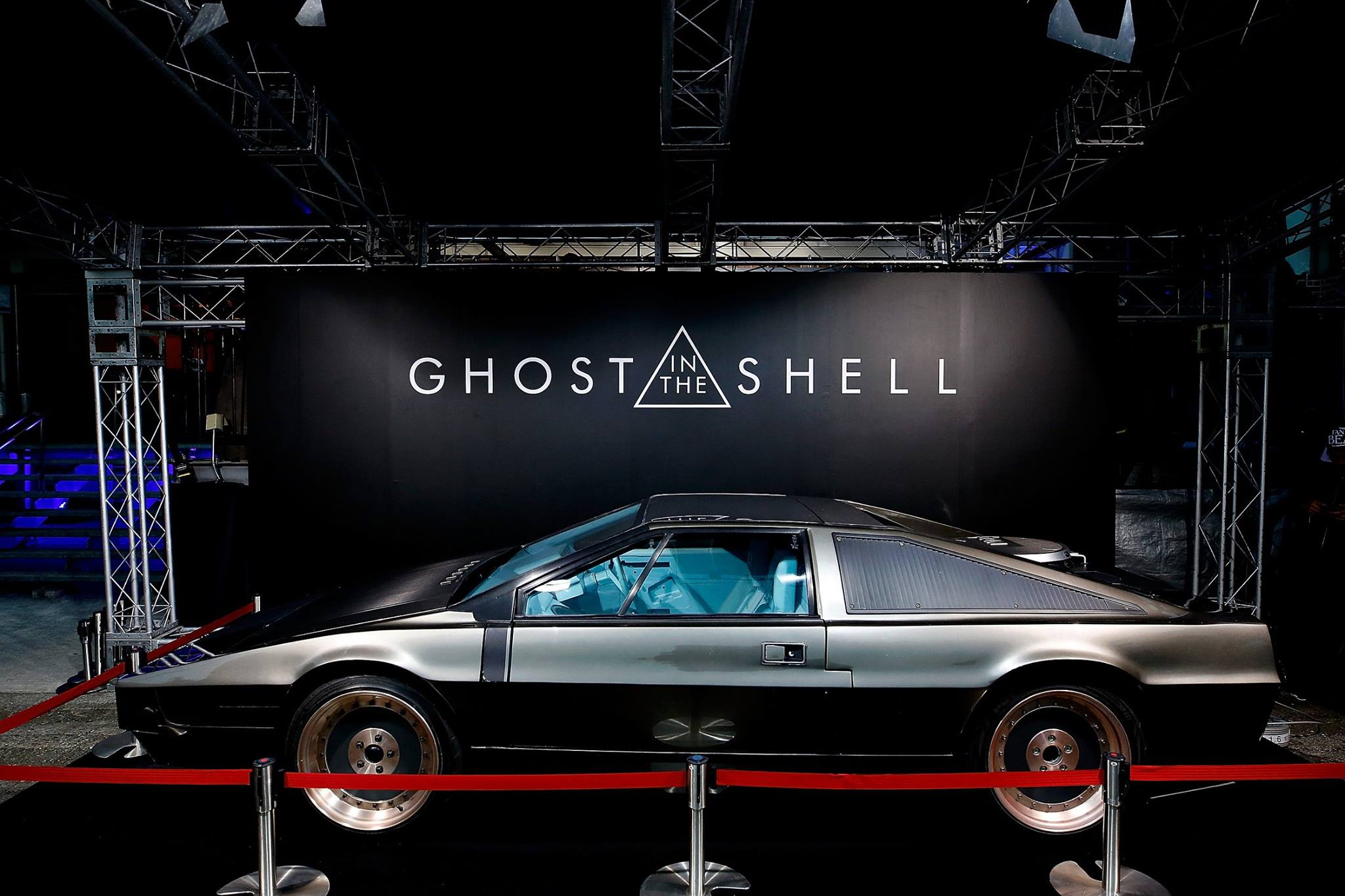 Lotus Esprit - side-face - Ghost-in the Shell - 2017
