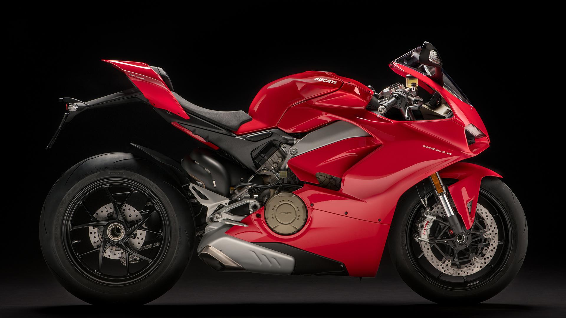 Ducati Panigale V4 - 2018 - side / profil