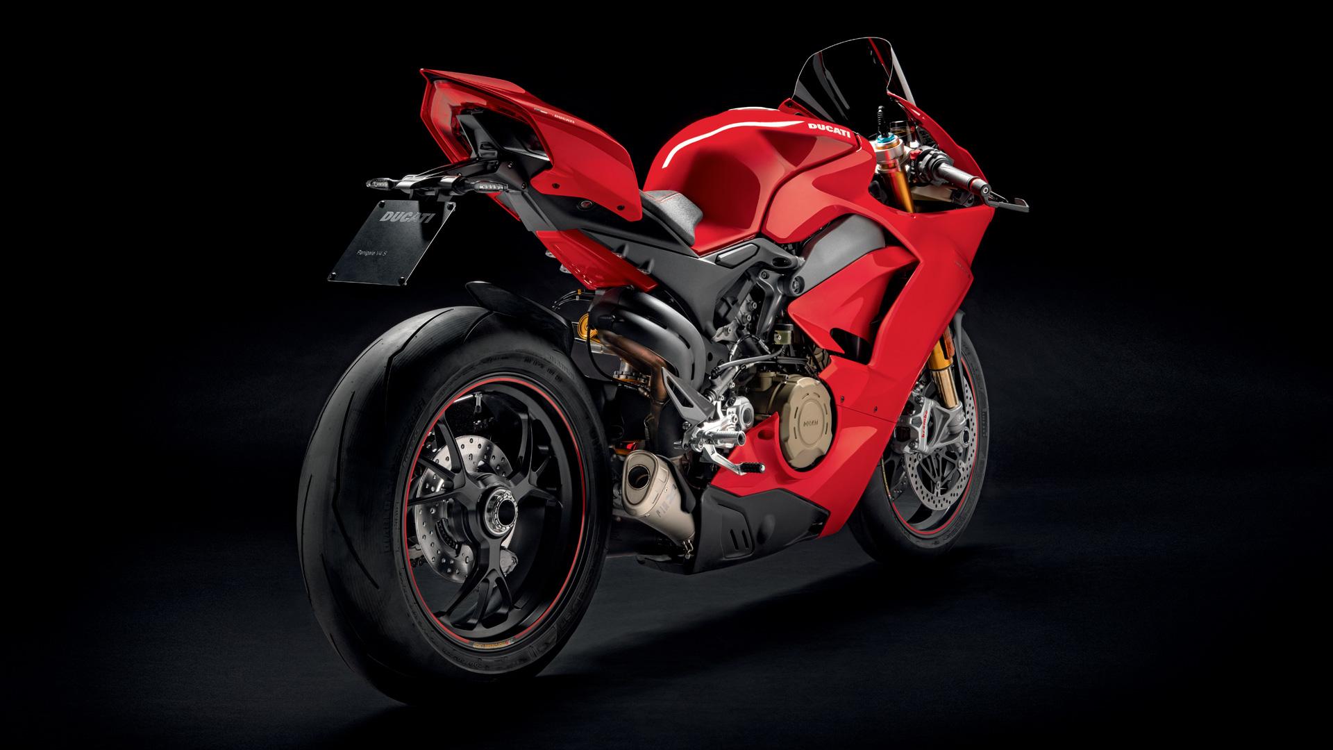 Ducati Panigale V4 S - 2018 - rear / arrière