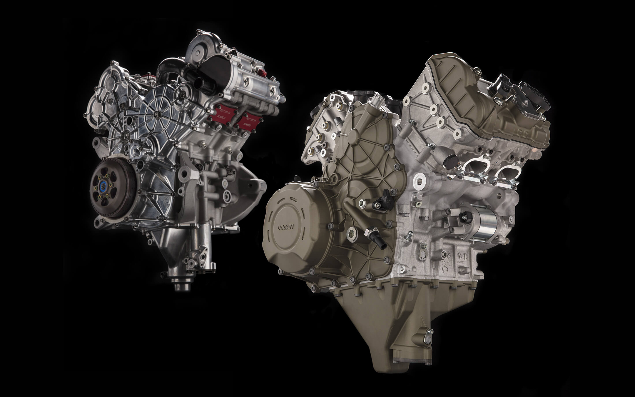 Ducati Panigale V4 - 2018 - Desmosedici Stradale - view inside engine